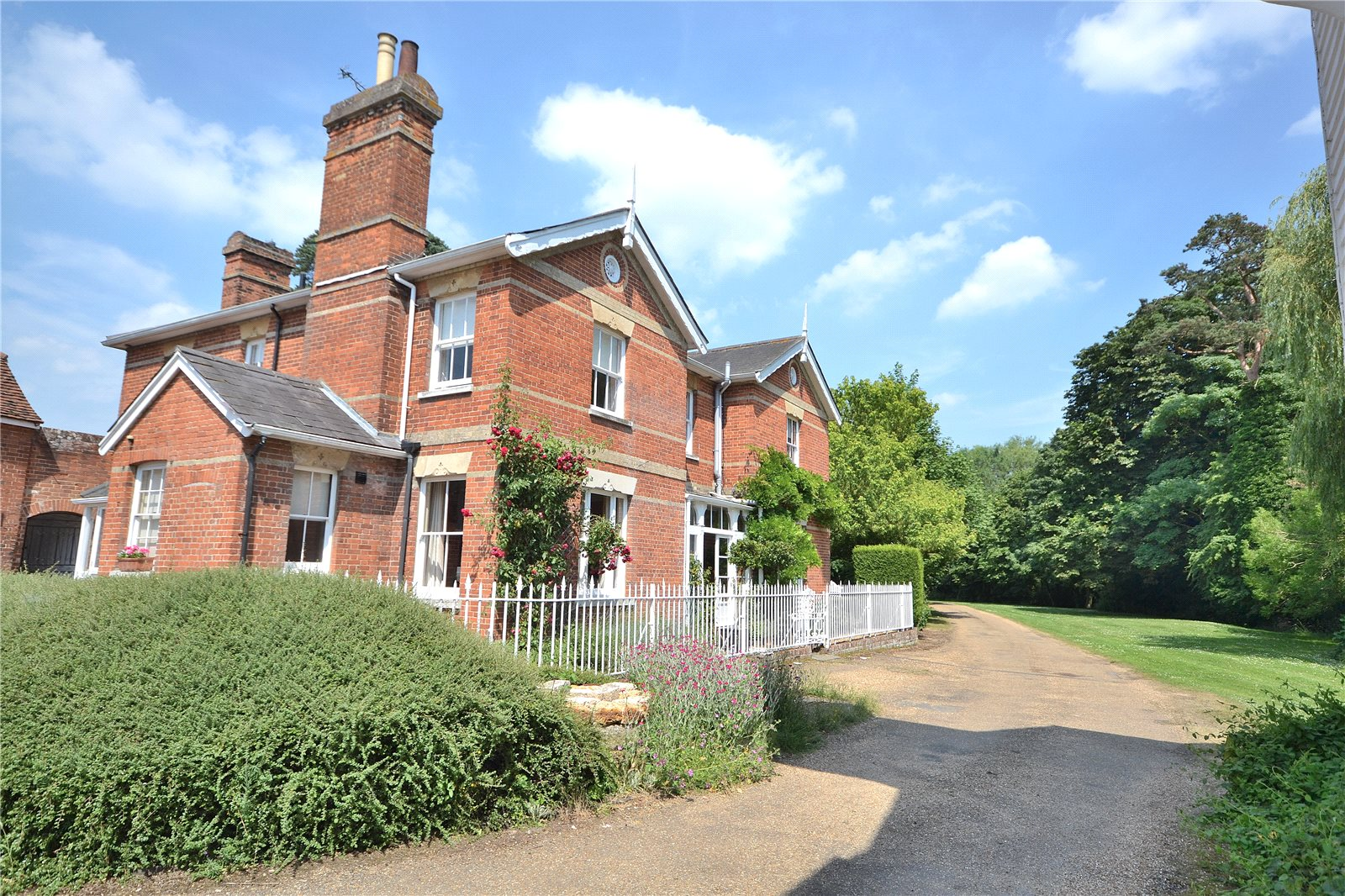 Additional photo for property listing at Braintree Road, Wethersfield, Braintree, Essex, CM7 Braintree, イギリス