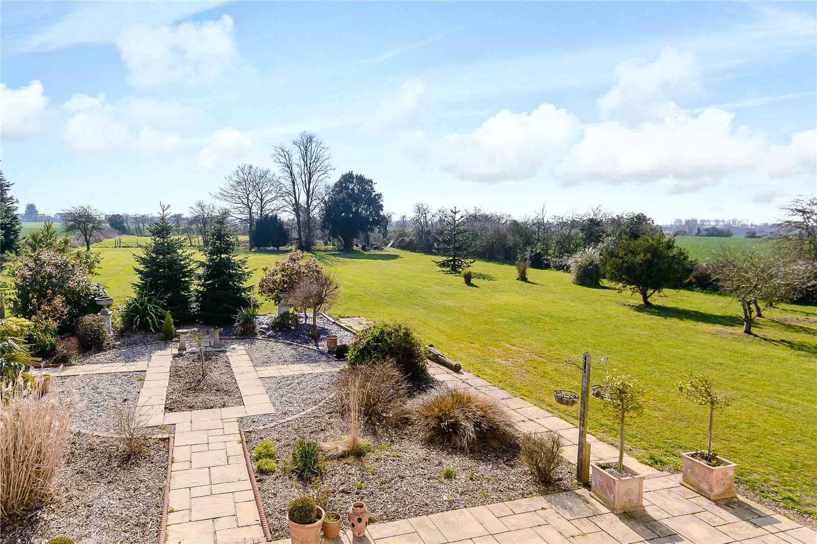 Additional photo for property listing at Vicarage Lane, Tillingham, Southminster, Essex, CM0 Southminster, Angleterre