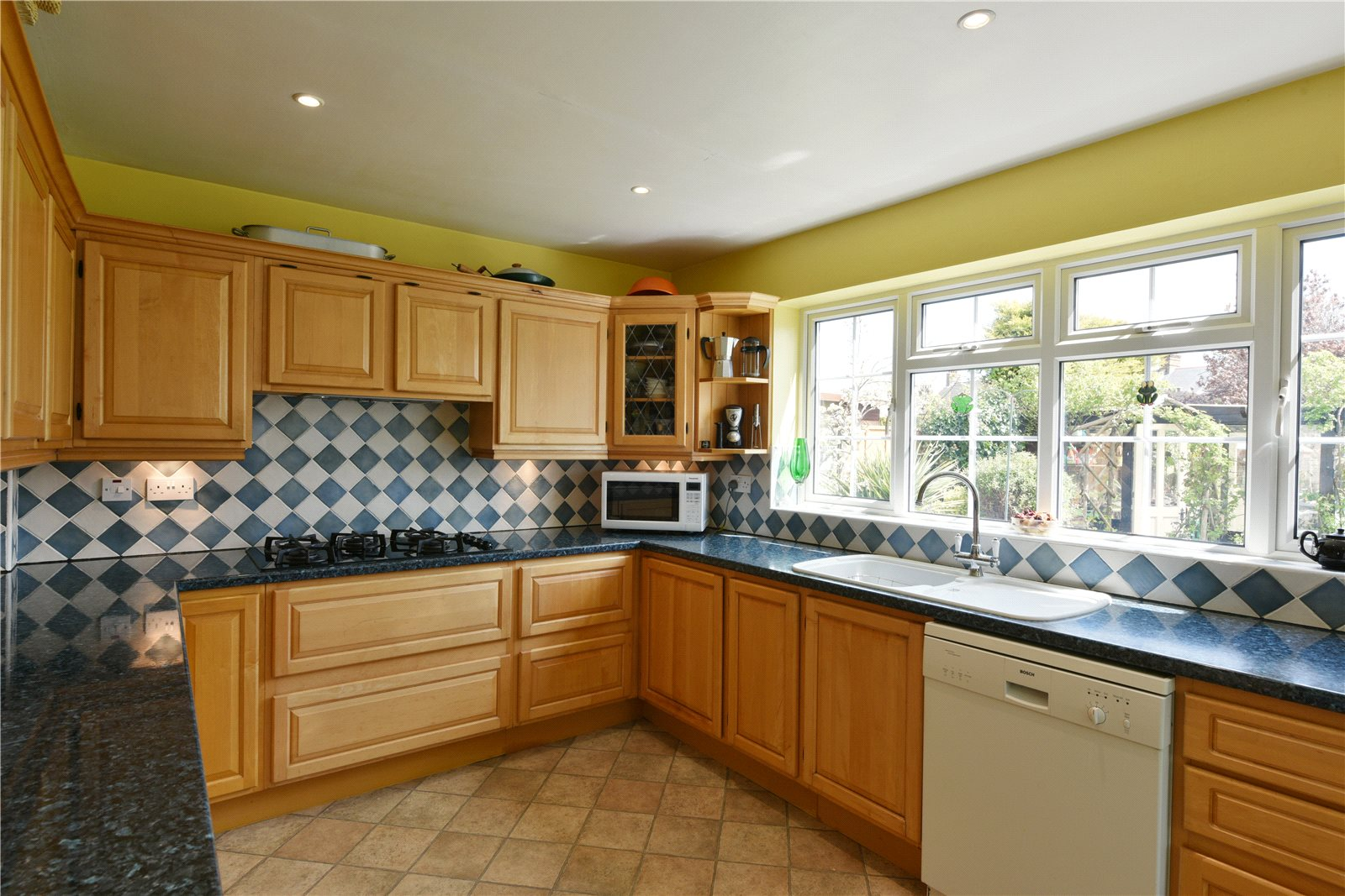 Additional photo for property listing at Rainsford Avenue, Chelmsford, Essex, CM1 Chelmsford, Αγγλια