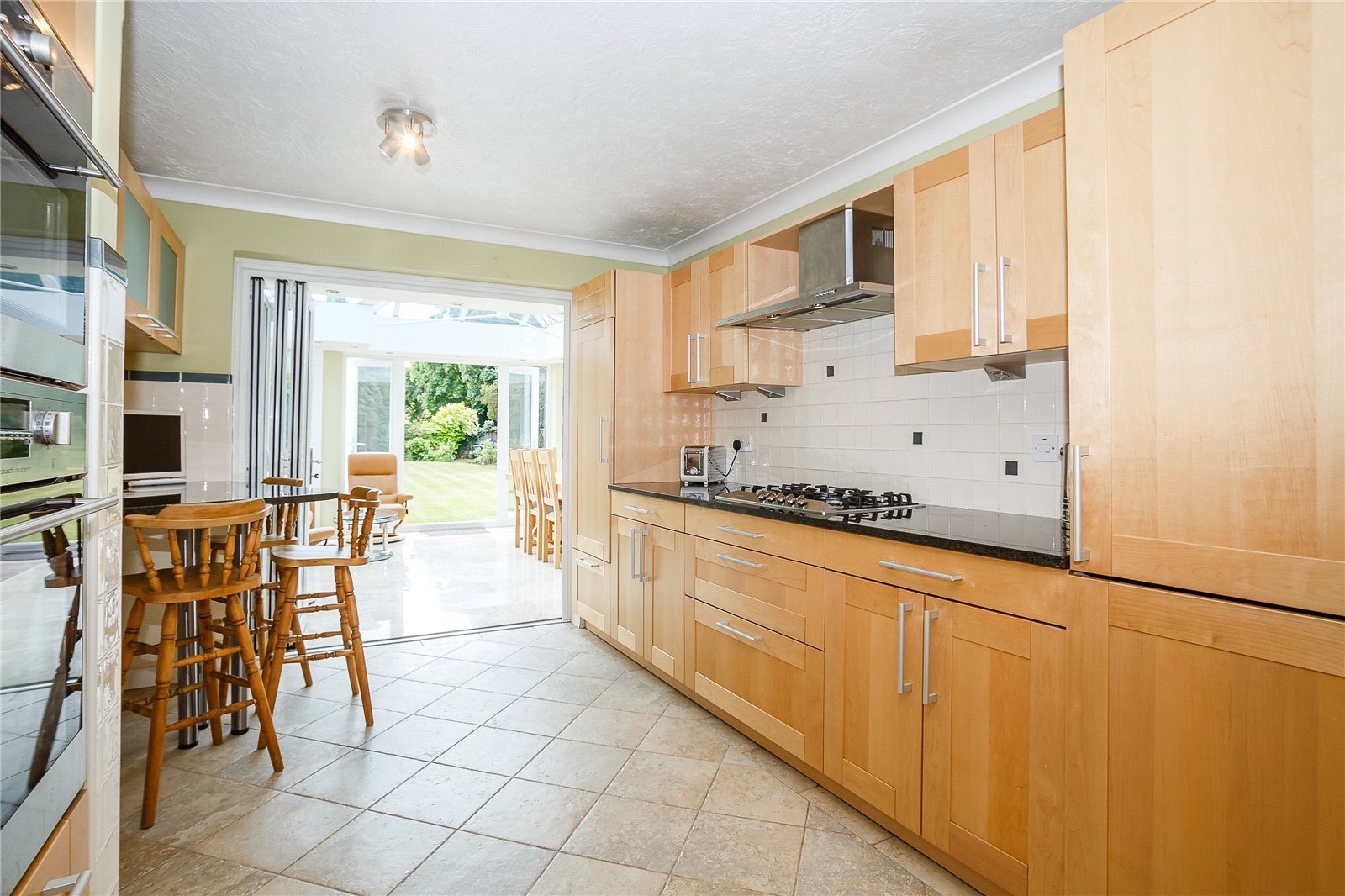 Additional photo for property listing at Springfield Road, Chelmsford, Essex, CM2 Chelmsford, Inglaterra