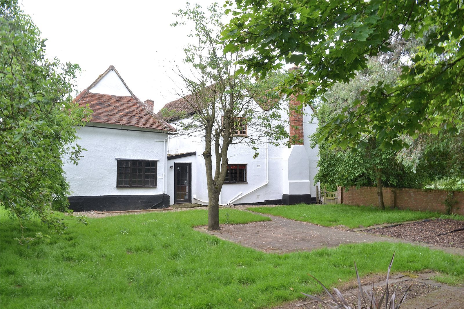 Additional photo for property listing at Duton Hill, Dunmow, Essex, CM6 Dunmow, Inglaterra
