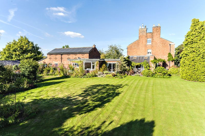 Additional photo for property listing at Brookhouse Lane, Minshull Vernon, Middlewich, Cheshire, CW10 Middlewich, England