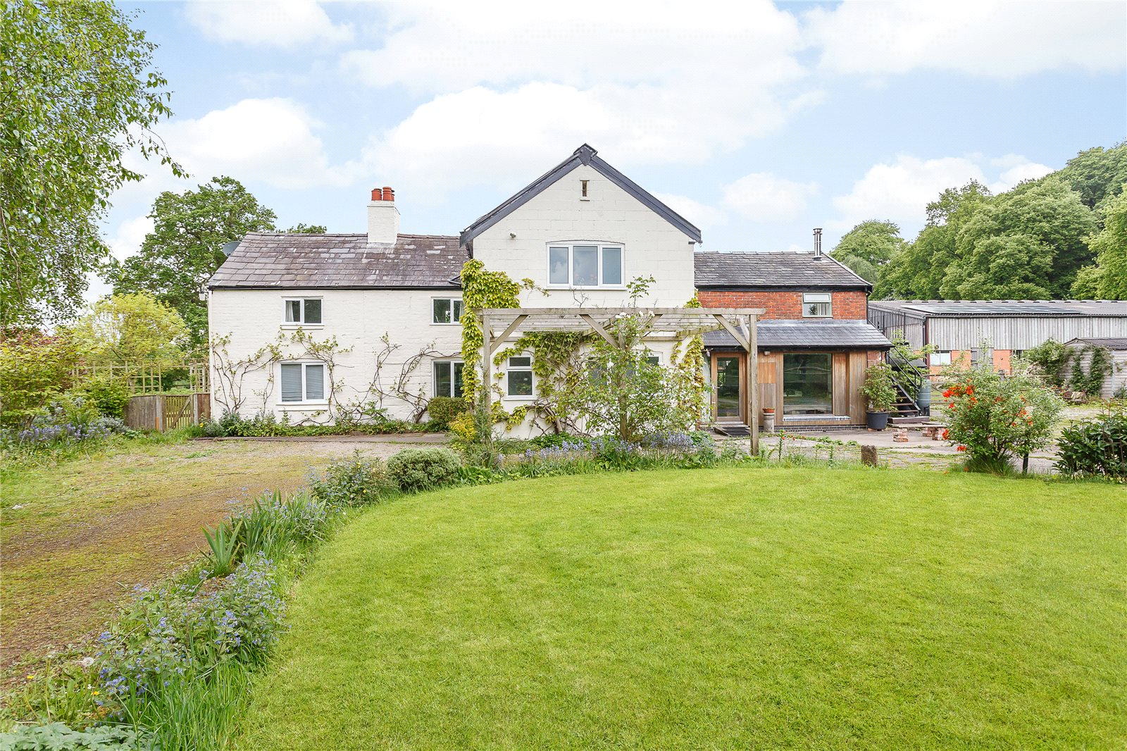 Single Family Home for Sale at Simmonds Hill, Manley, Frodsham, WA6 Frodsham, England