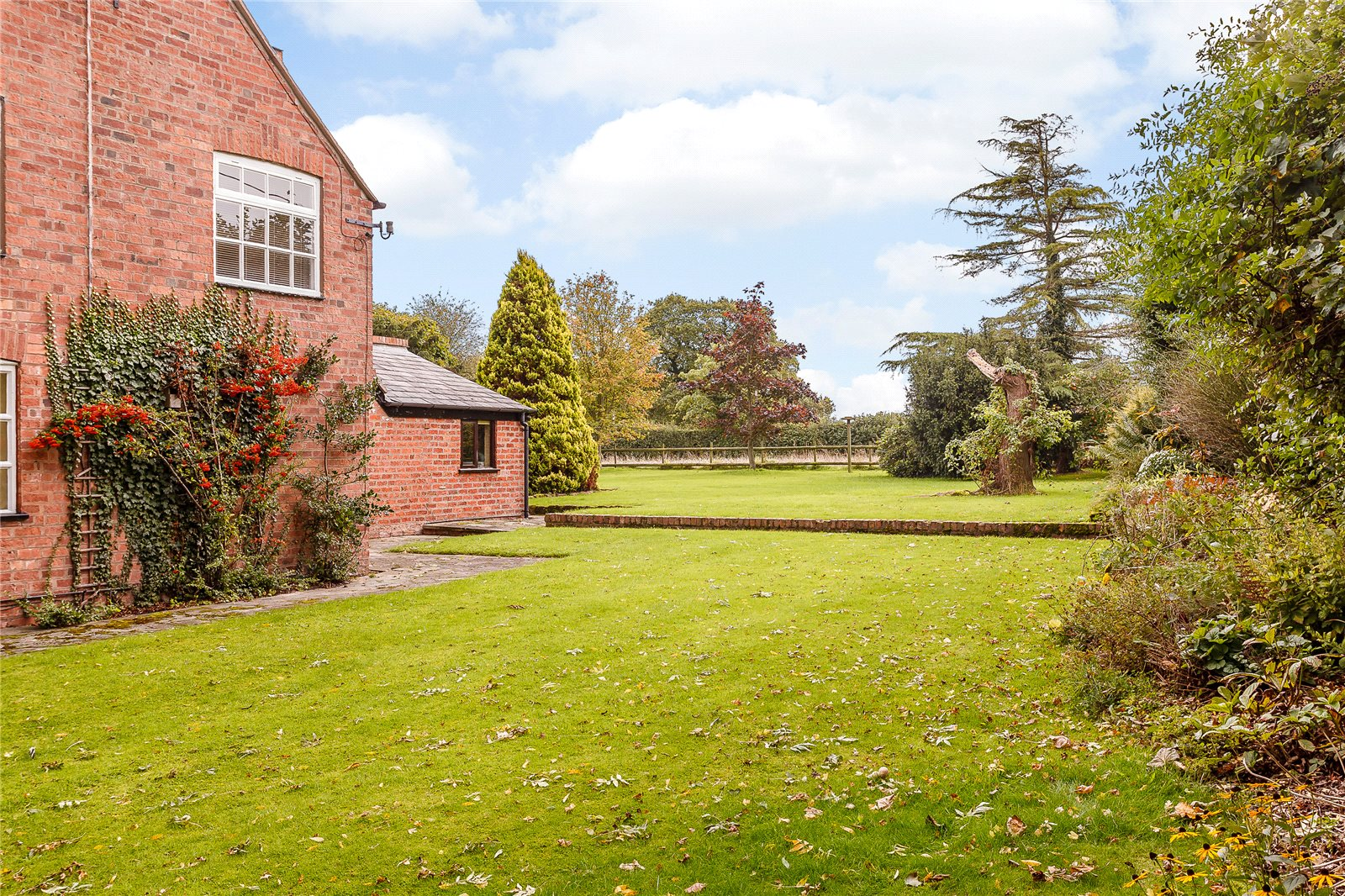 Additional photo for property listing at Wicker Lane, Guilden Sutton, Chester, CH3 Chester, Ingiltere
