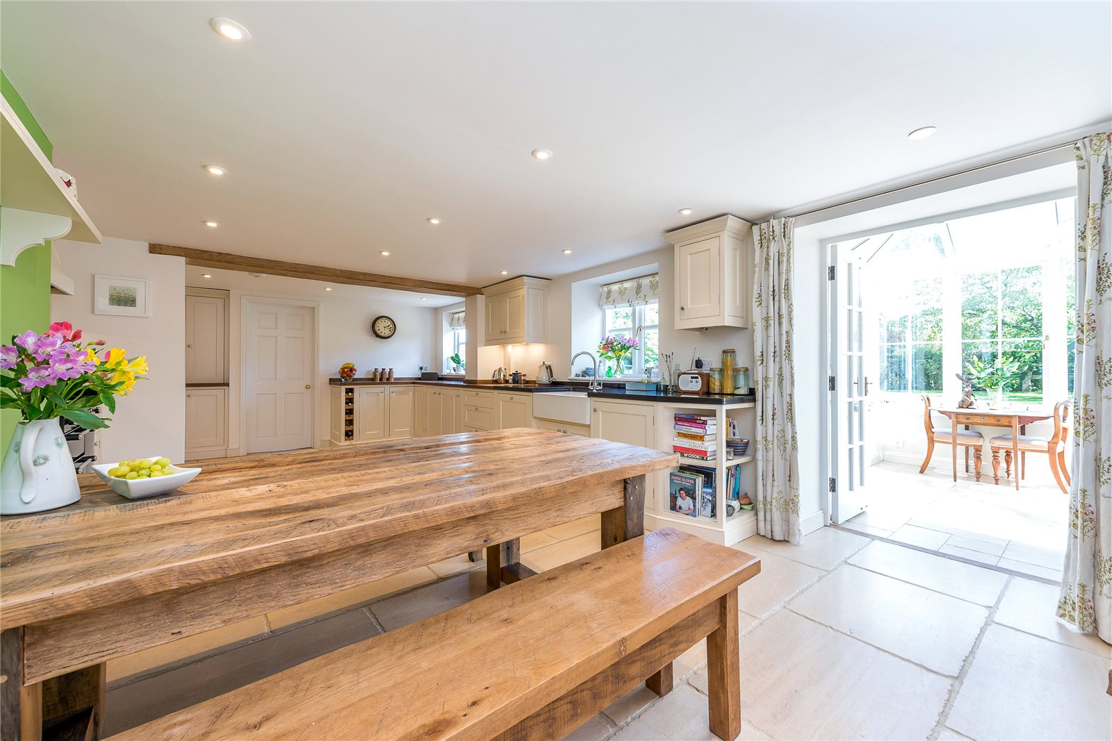 Additional photo for property listing at Tetbury Lane, Crudwell, Malmesbury, Wiltshire, SN16 Malmesbury, Angleterre