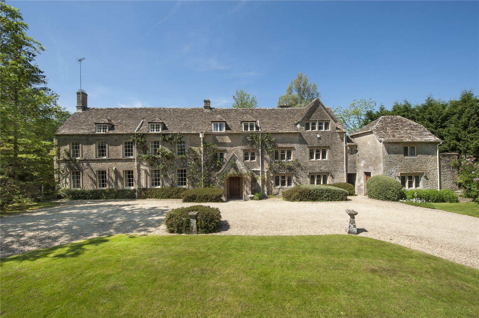 Strutt Parker Cirencester Luxury Real Estate Agents