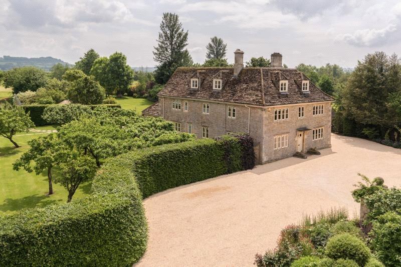 Nhà ở một gia đình vì Bán tại Tytherton Lucas, Chippenham, Wiltshire, SN15 Chippenham, Anh Quốc