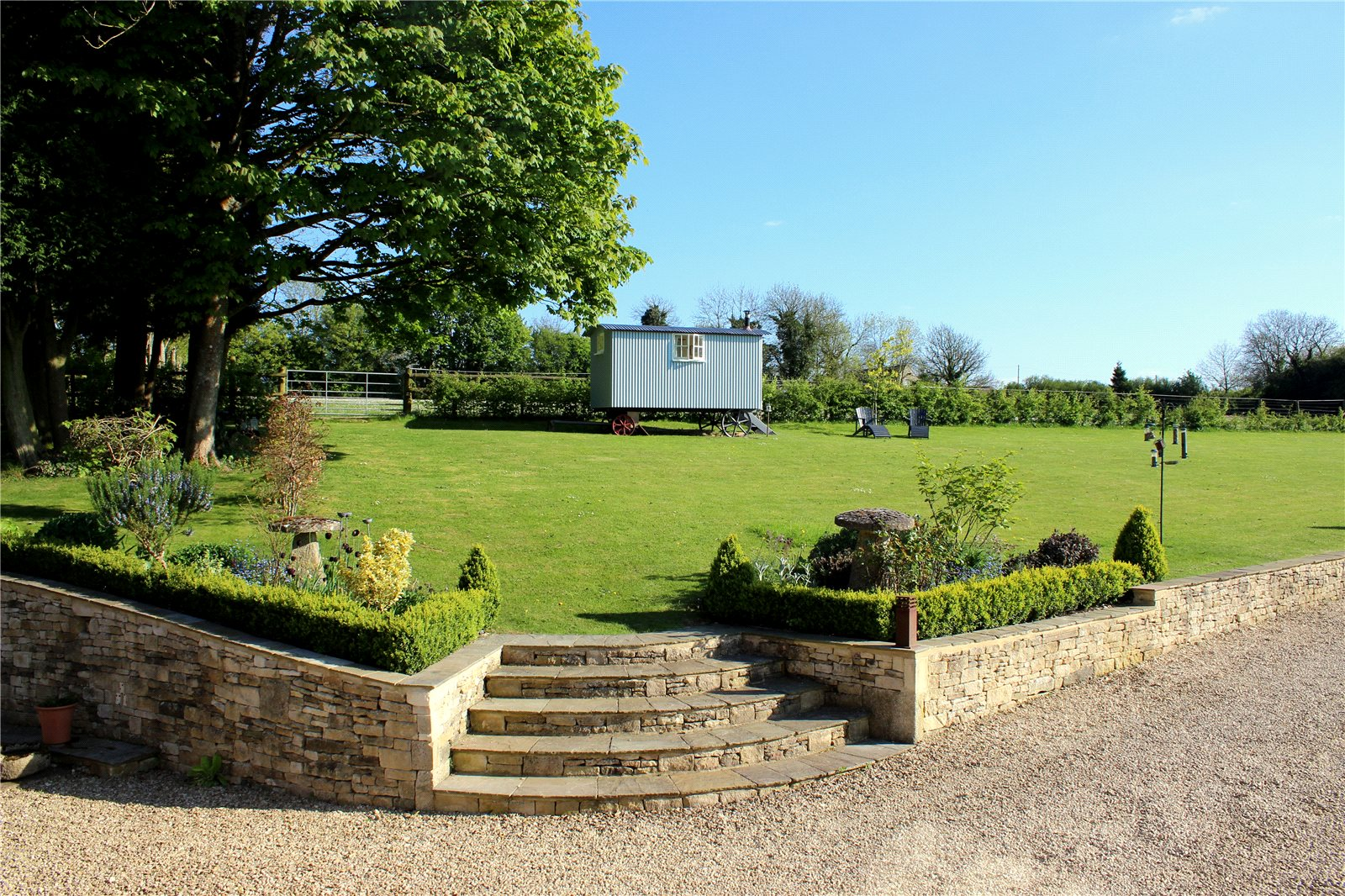 Additional photo for property listing at Lower Nashend, Bisley, Stroud, Gloucestershire, GL6 Gloucestershire, Engeland