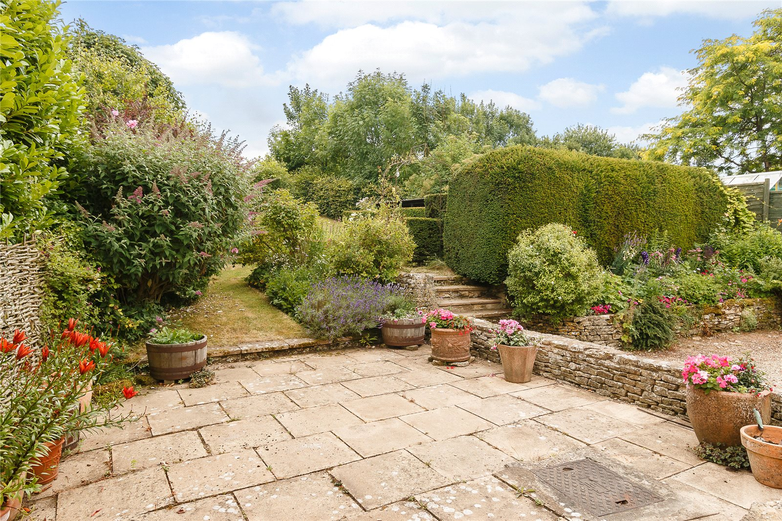 Additional photo for property listing at Duntisbourne Leer, Cirencester, Gloucestershire, GL7 Cirencester, Angleterre