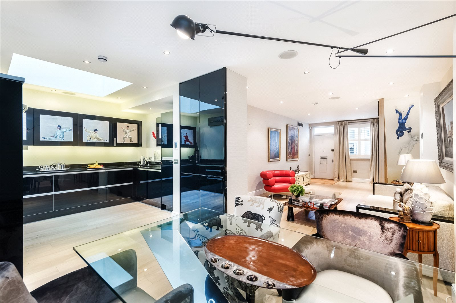 Additional photo for property listing at Petersham Mews, South Kensington, London, SW7 South Kensington, London, 英格兰