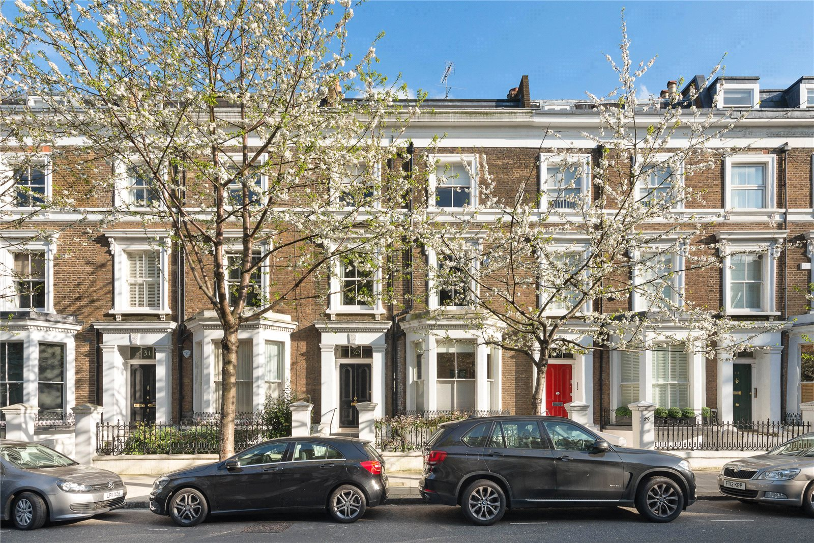 Apartments / Residences for Sale at Upper Addison Gardens, Holland Park, London, W14 Holland Park, London, England