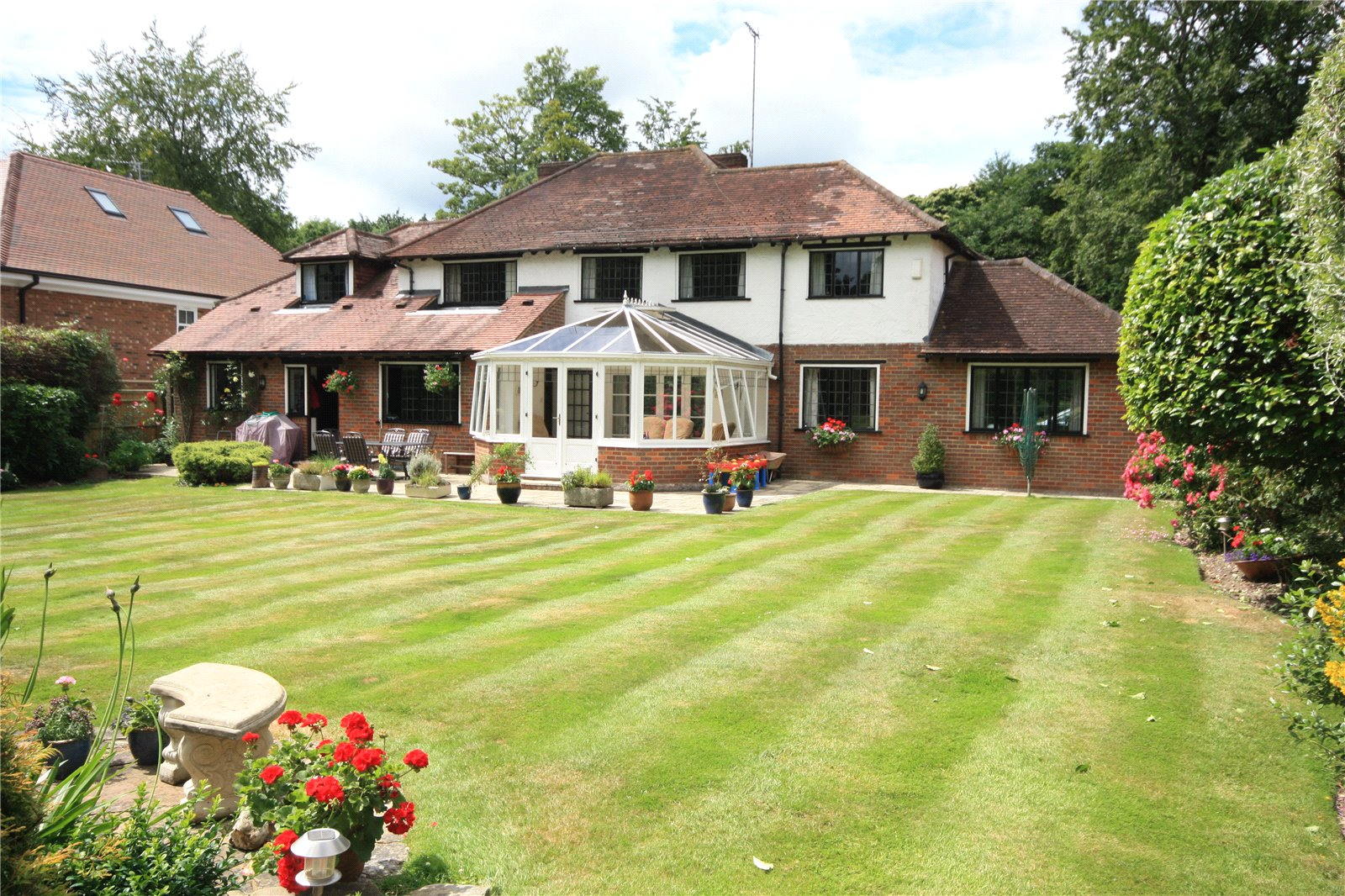 Additional photo for property listing at Nightingales Lane, Chalfont St Giles, Buckinghamshire, HP8 Chalfont St Giles, 영국