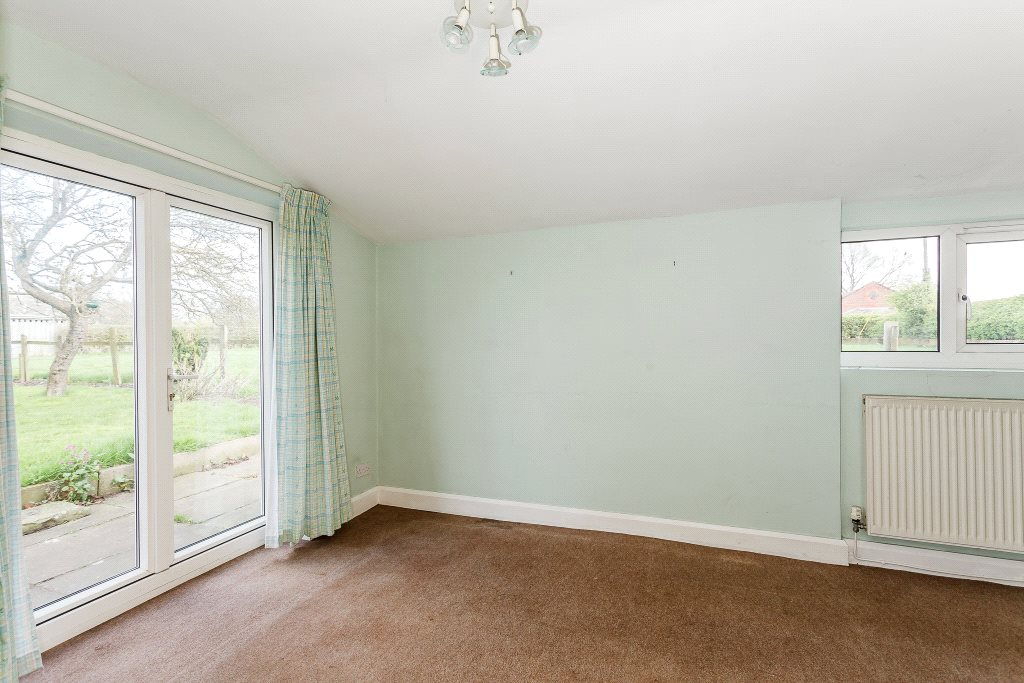 Additional photo for property listing at Parkgate Road, Woodbank, Chester, CH1 Chester, England