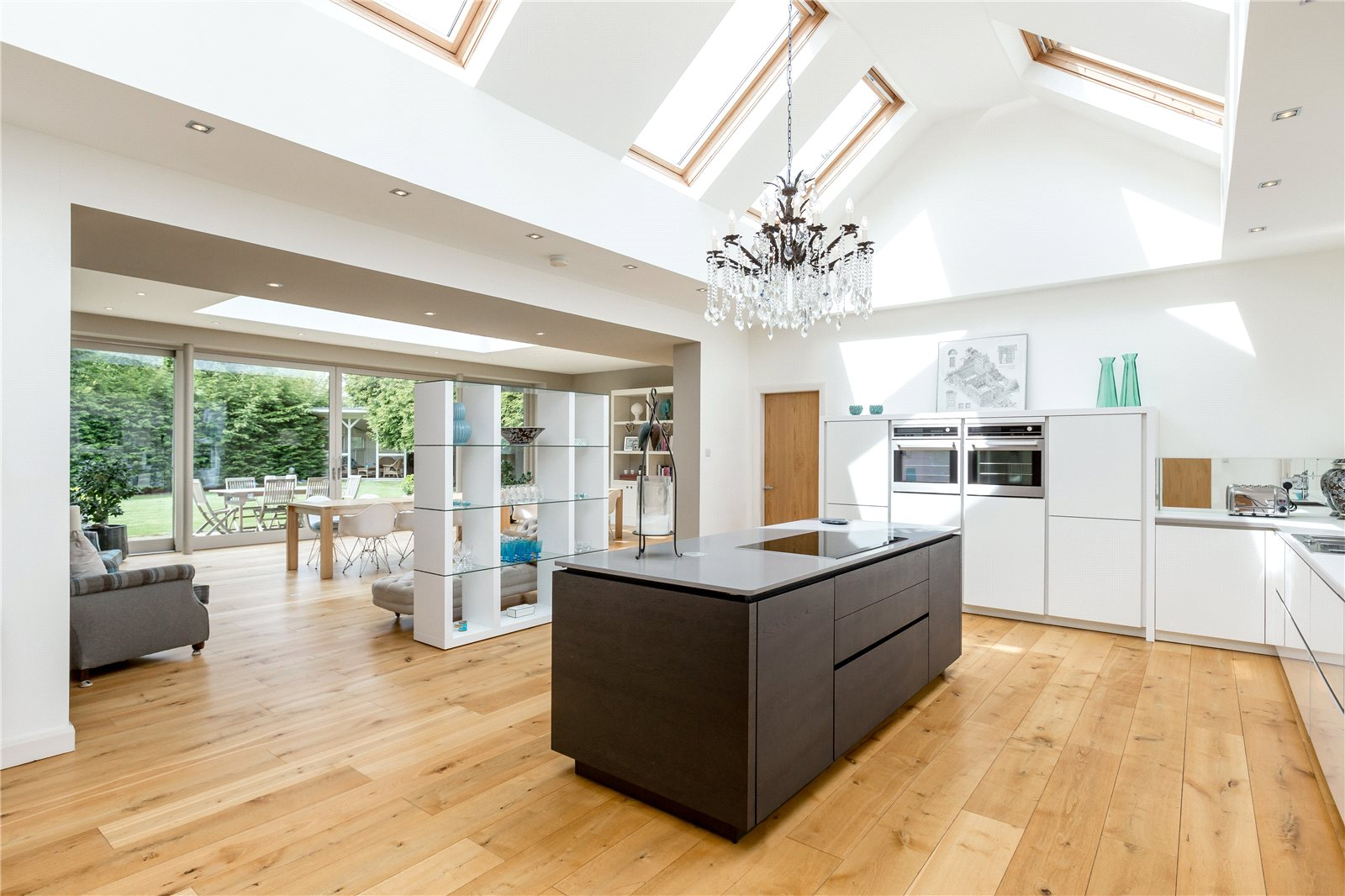 Single Family Home for Sale at Barnton Avenue West, Edinburgh, EH4 Edinburgh, Scotland