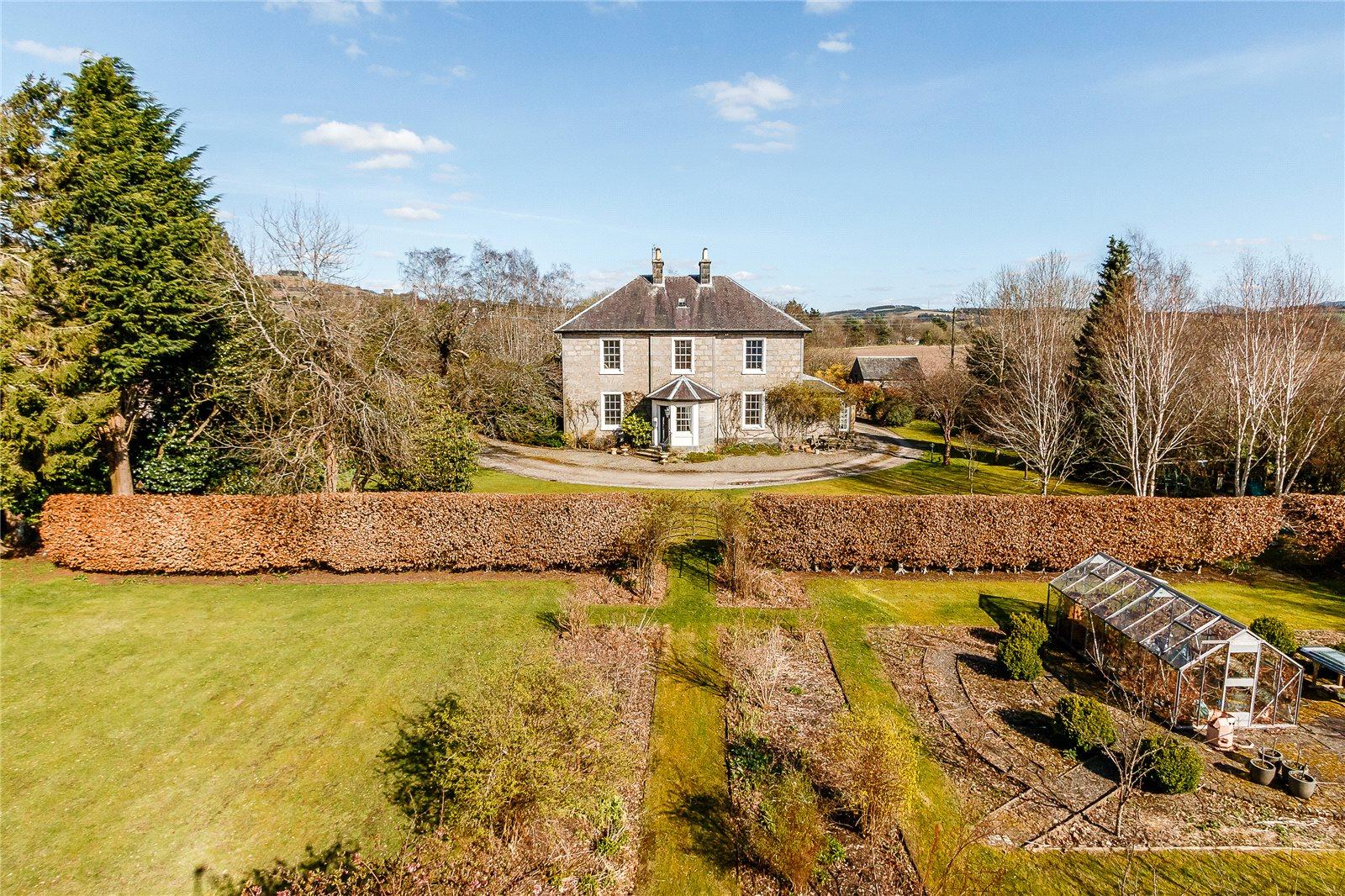 Частный дом для того Продажа на Devon Road, Dollar, Clackmannanshire, FK14 Clackmannanshire, Scotland