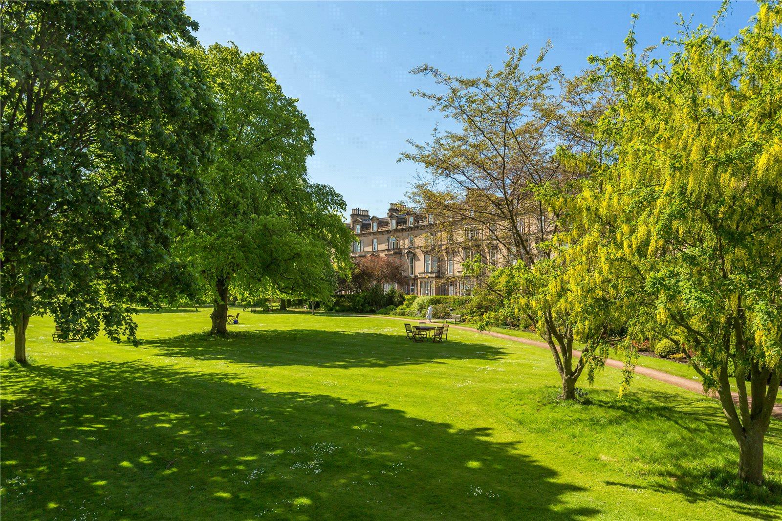 Apartamentos para Venda às Belgrave Crescent, Edinburgh, EH4 Edinburgh, Scotland
