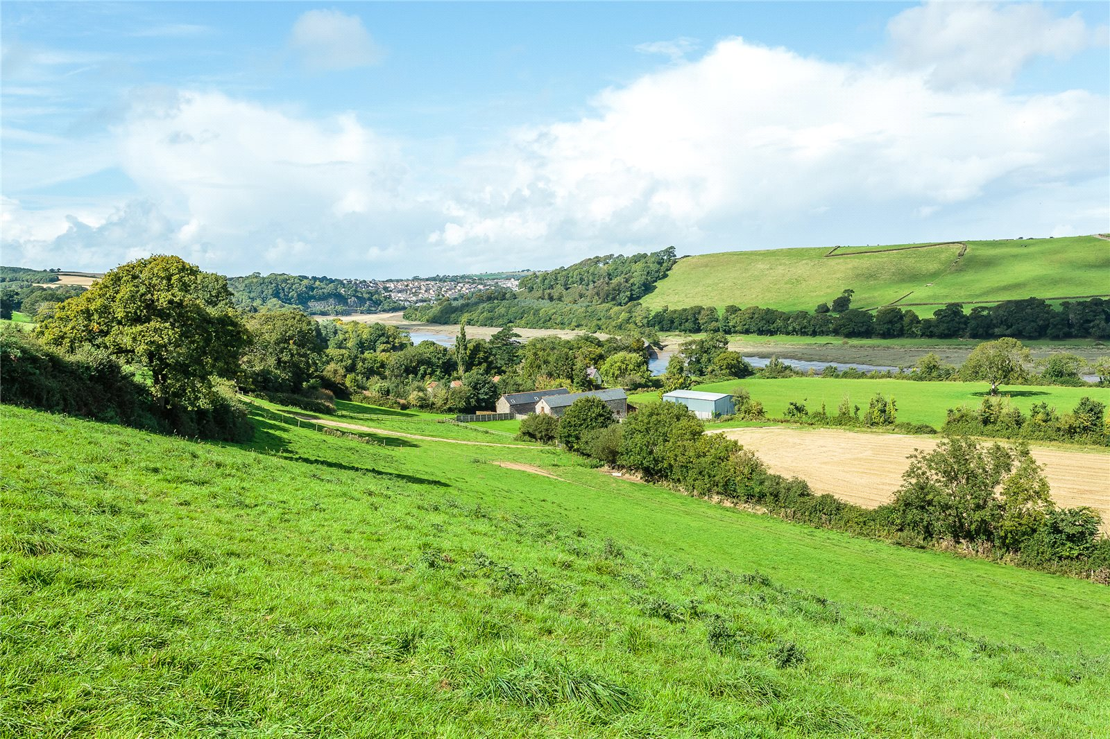 Additional photo for property listing at Landcross, Bideford, Devon, EX39 Bideford, England