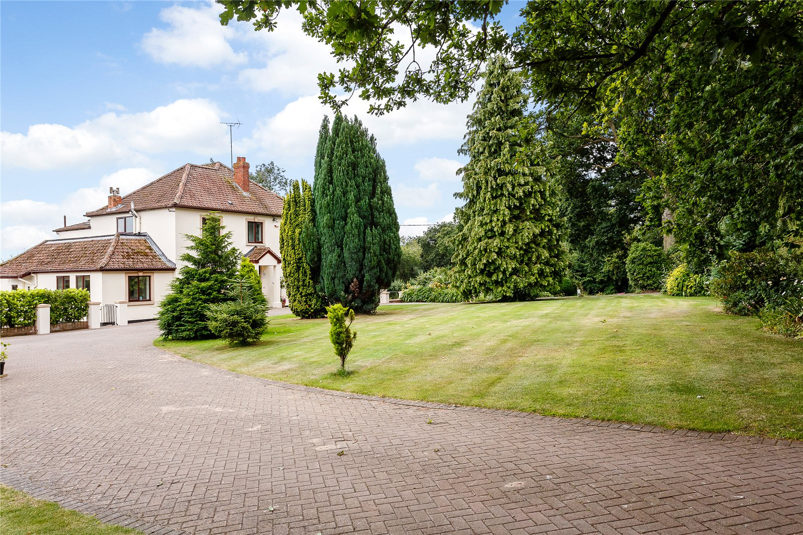 Additional photo for property listing at Sidbrook, West Monkton, Taunton, Somerset, TA2 Taunton, England