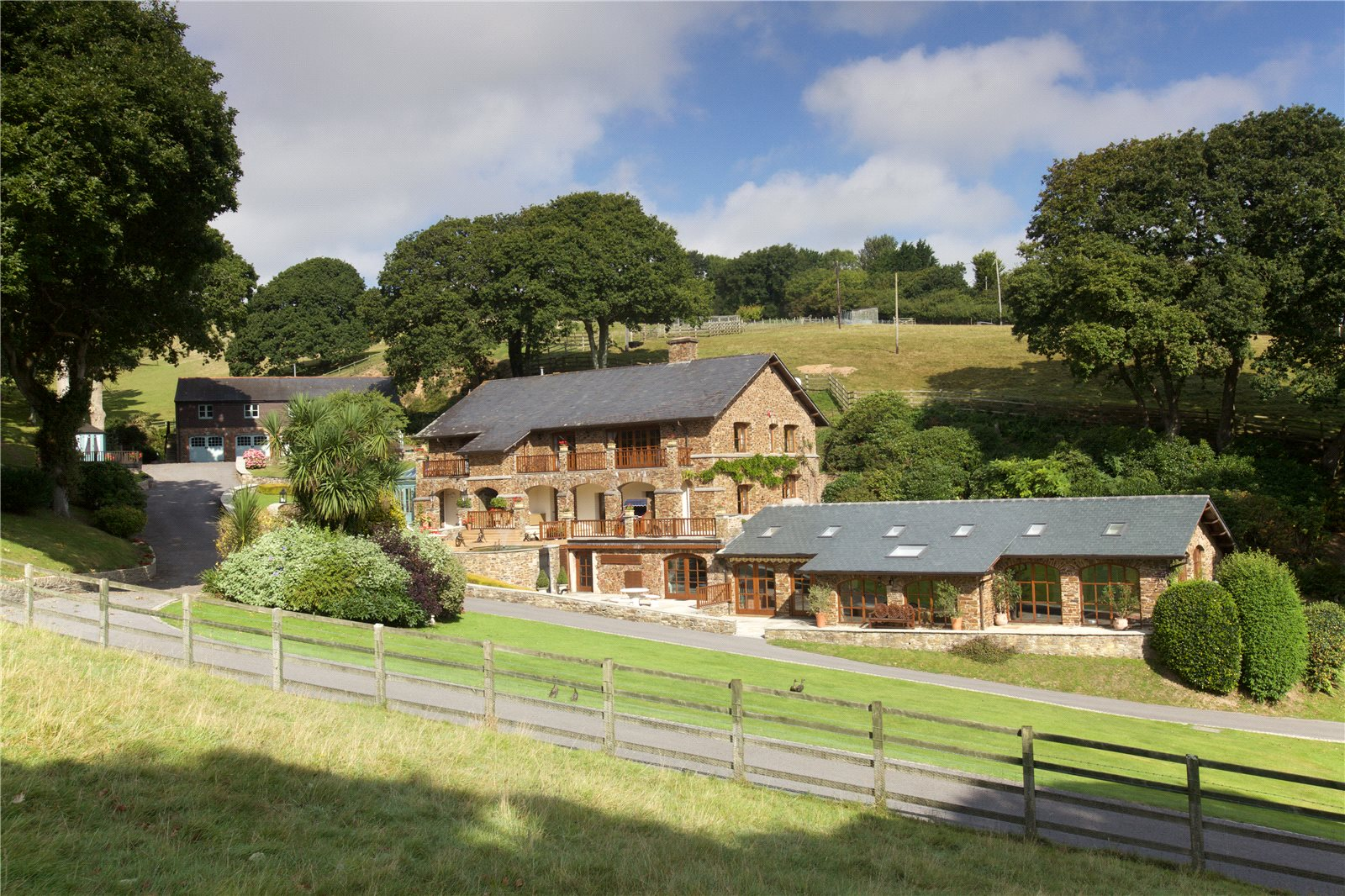 Single Family Home for Sale at Bigbury, Kingsbridge, Devon, TQ7 Kingsbridge, England