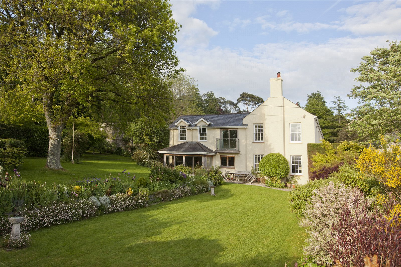Single Family Home for Sale at Bovey Tracey, Newton Abbot, Devon, TQ13 Newton Abbot, England