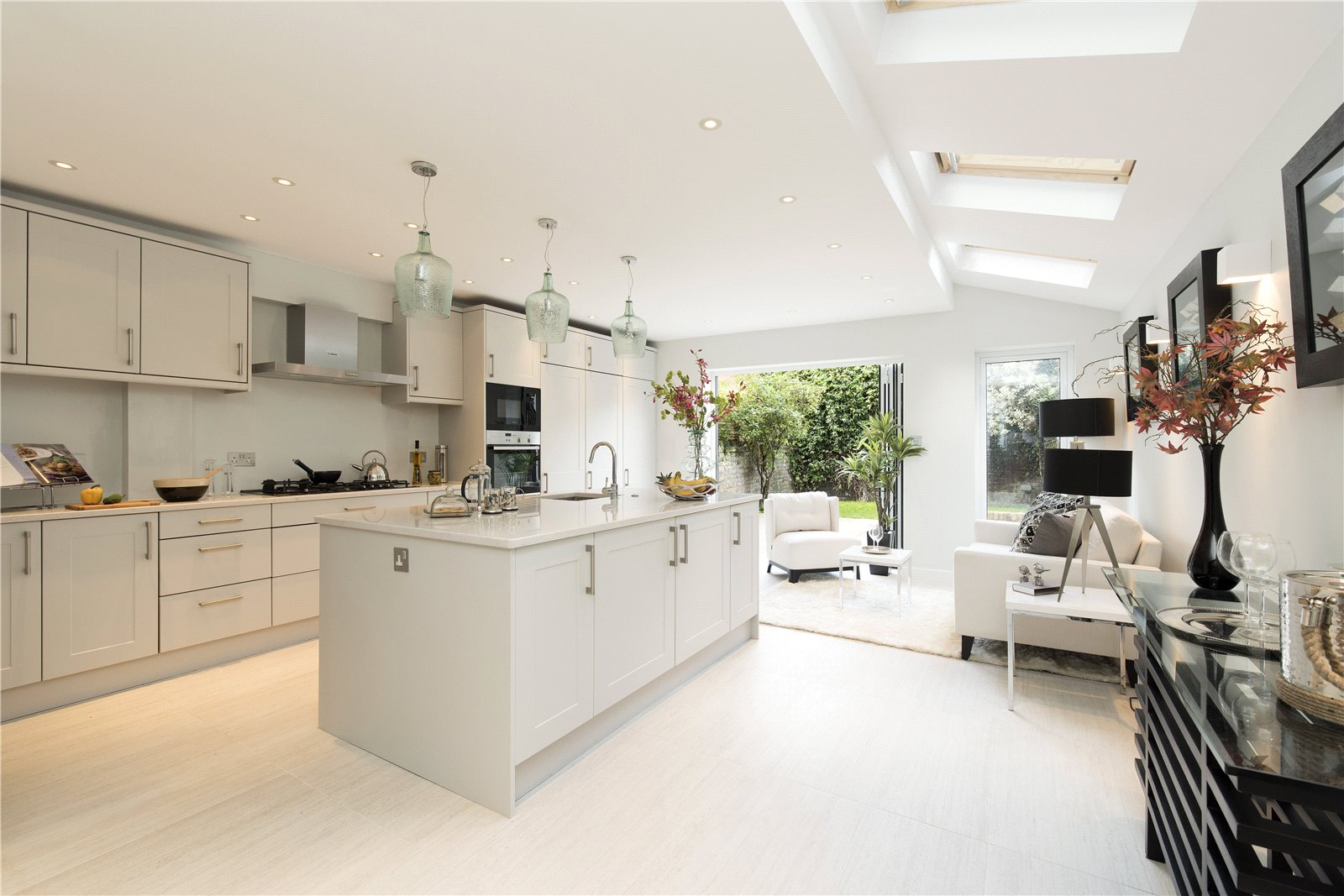 Additional photo for property listing at Ringmer Avenue, Fulham, London, SW6 Fulham, London, Ingiltere