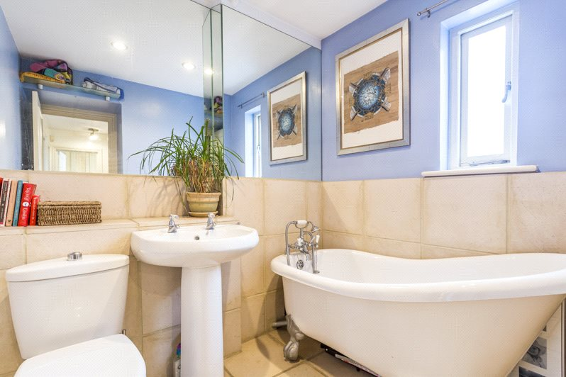 Additional photo for property listing at Dawes Road, London, SW6 London, Inglaterra