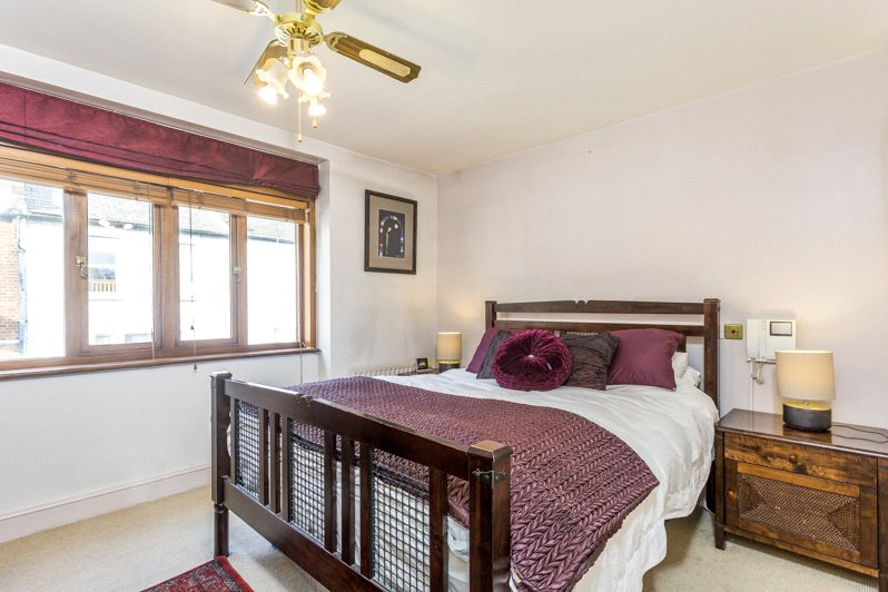 Additional photo for property listing at Dawes Road, Fulham, London, SW6 Fulham, London, Inglaterra