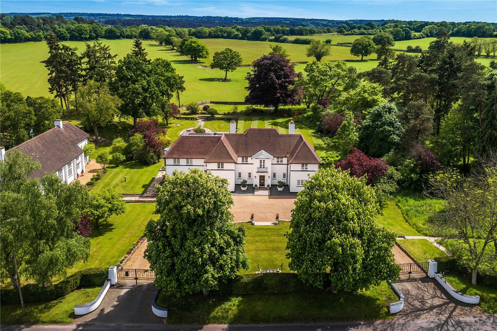 Moradia para Venda às Frensham, Farnham, Surrey, GU10 Farnham, Inglaterra