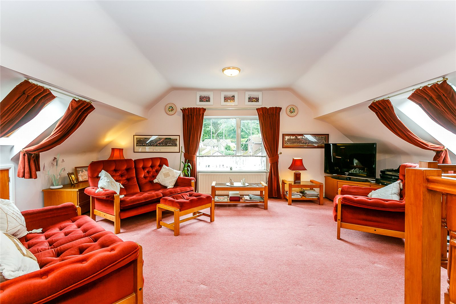 Additional photo for property listing at Beech Hill Road, Arford, Nr Headley, Hampshire, GU35 Hampshire, Inglaterra
