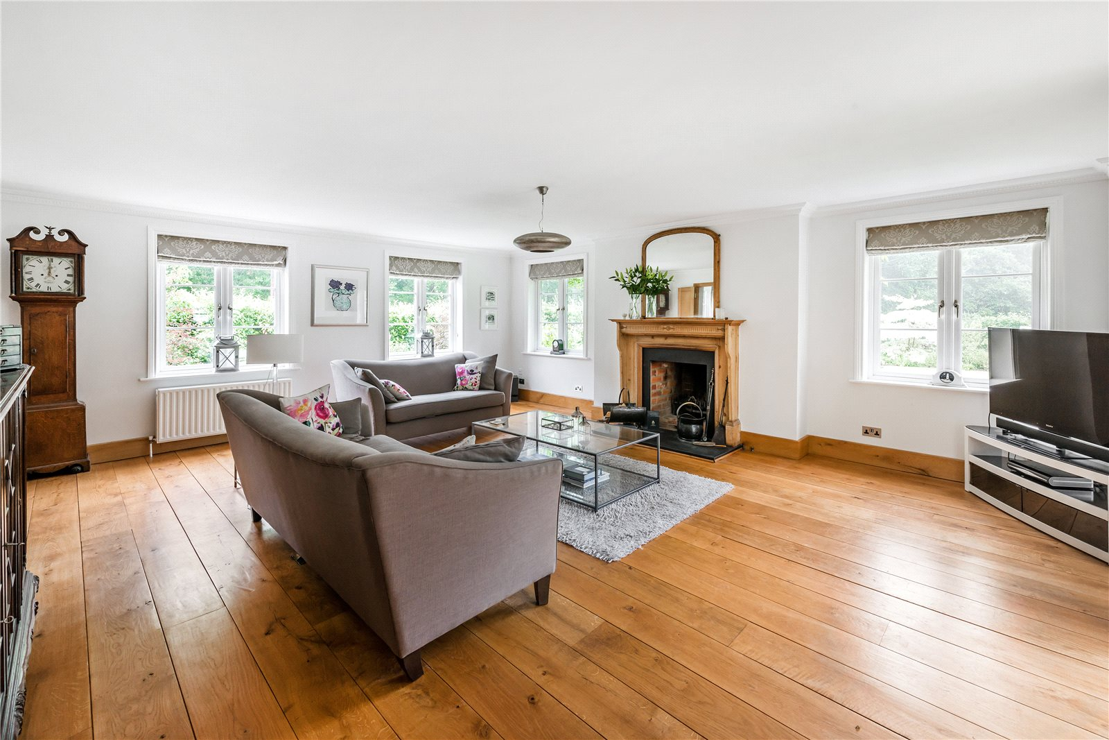Additional photo for property listing at Dockenfield, Farnham, Surrey, GU10 Farnham, 영국