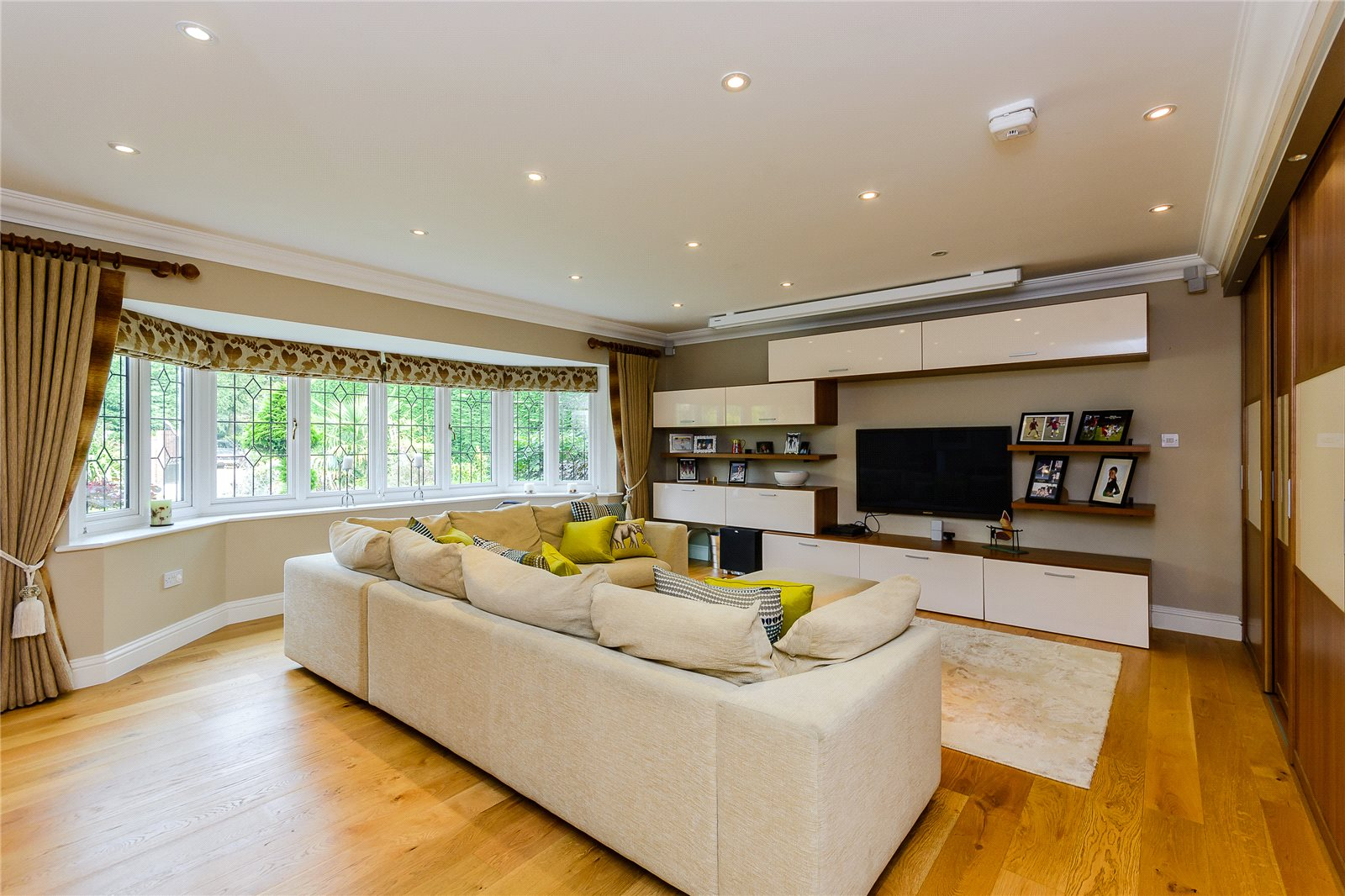 Additional photo for property listing at Maltmans Lane, Gerrards Cross, Buckinghamshire, SL9 Gerrards Cross, イギリス