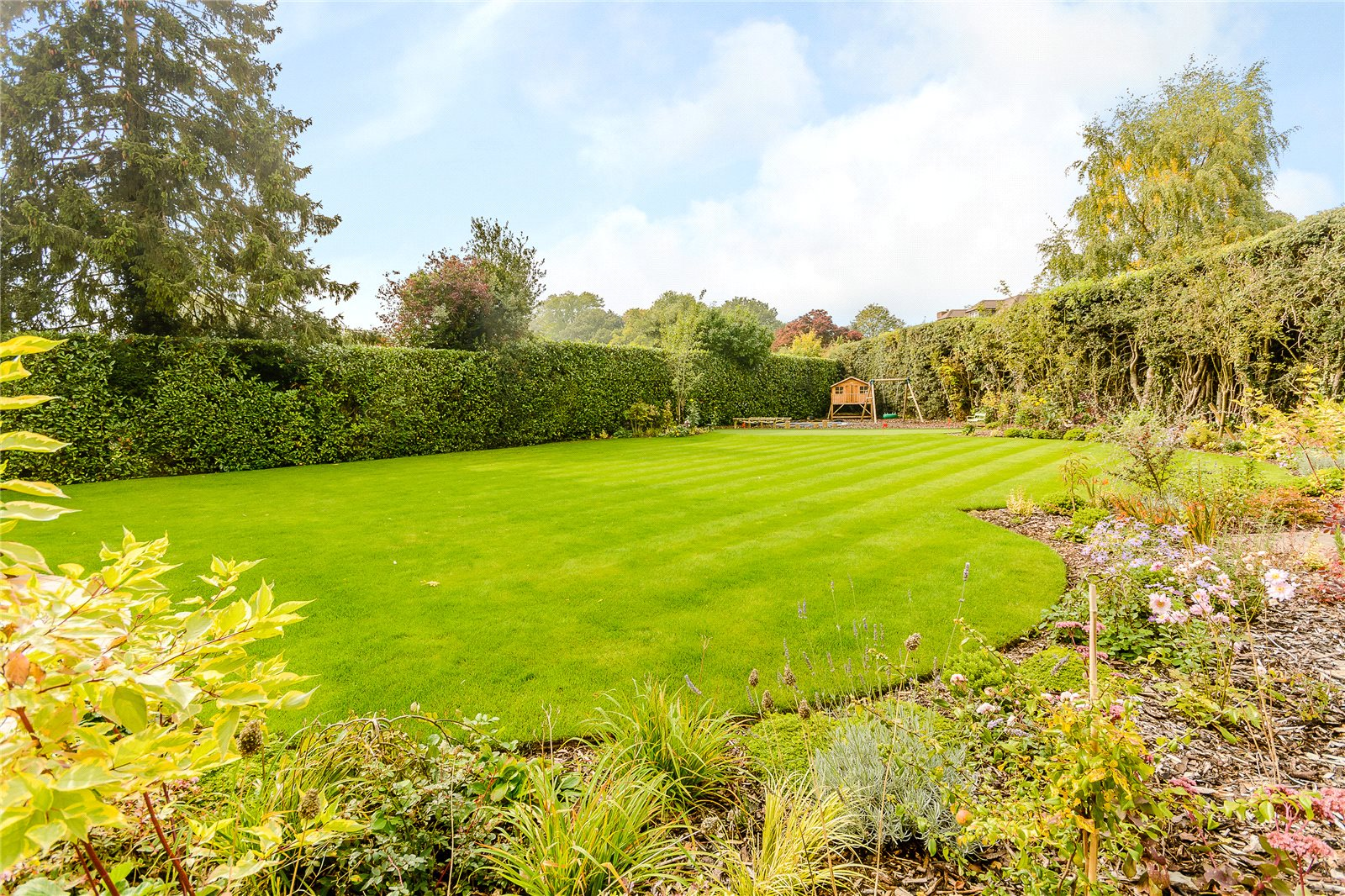 Additional photo for property listing at Maltmans Lane, Gerrards Cross, Buckinghamshire, SL9 Gerrards Cross, Inglaterra