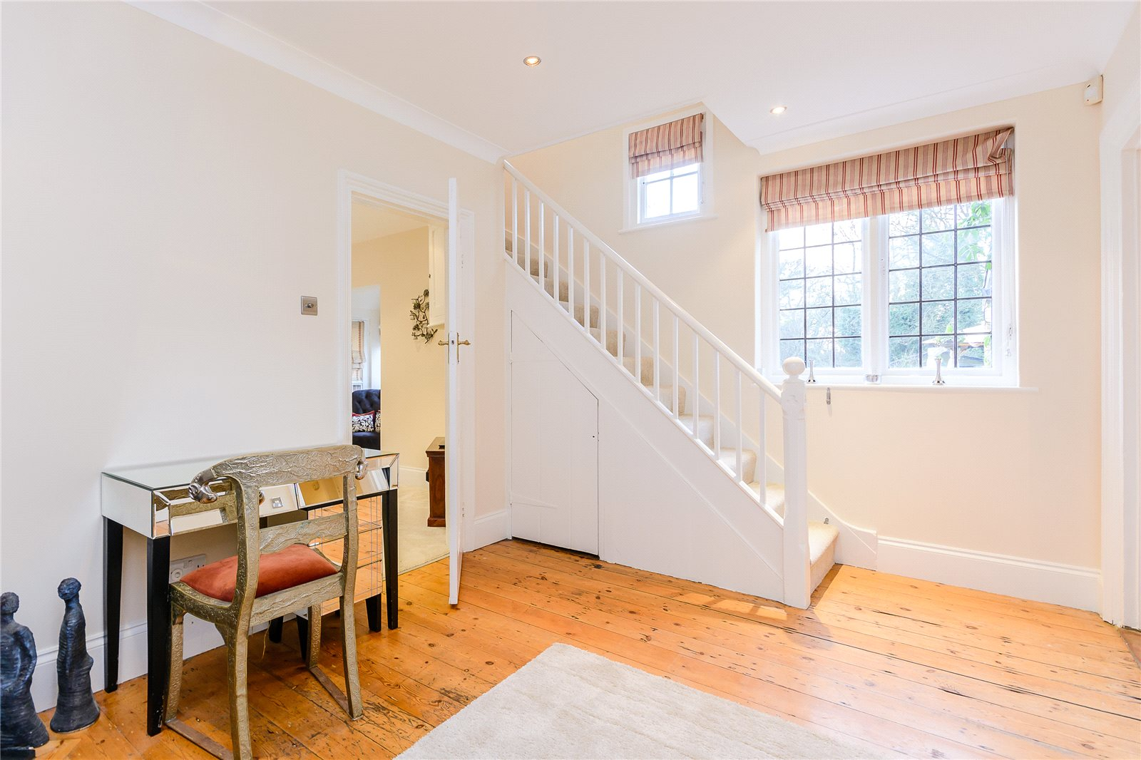 Additional photo for property listing at Heusden Way, Gerrards Cross, Buckinghamshire, SL9 Gerrards Cross, 英格蘭