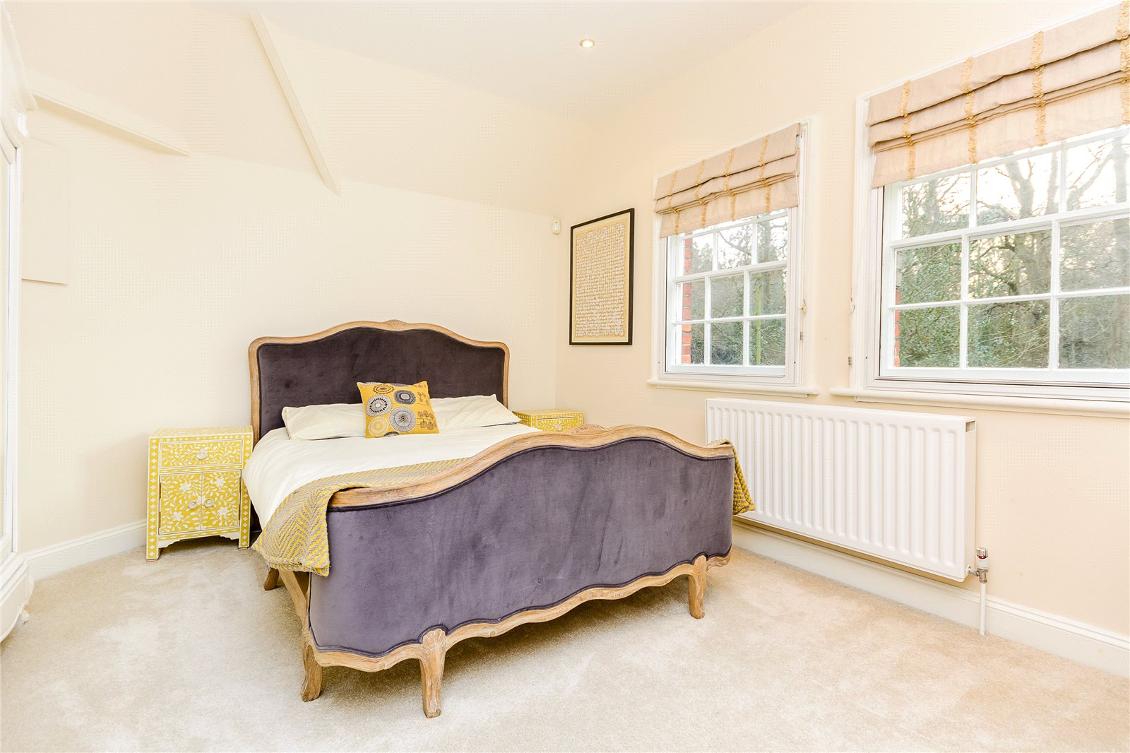 Additional photo for property listing at Heusden Way, Gerrards Cross, Buckinghamshire, SL9 Gerrards Cross, Inglaterra