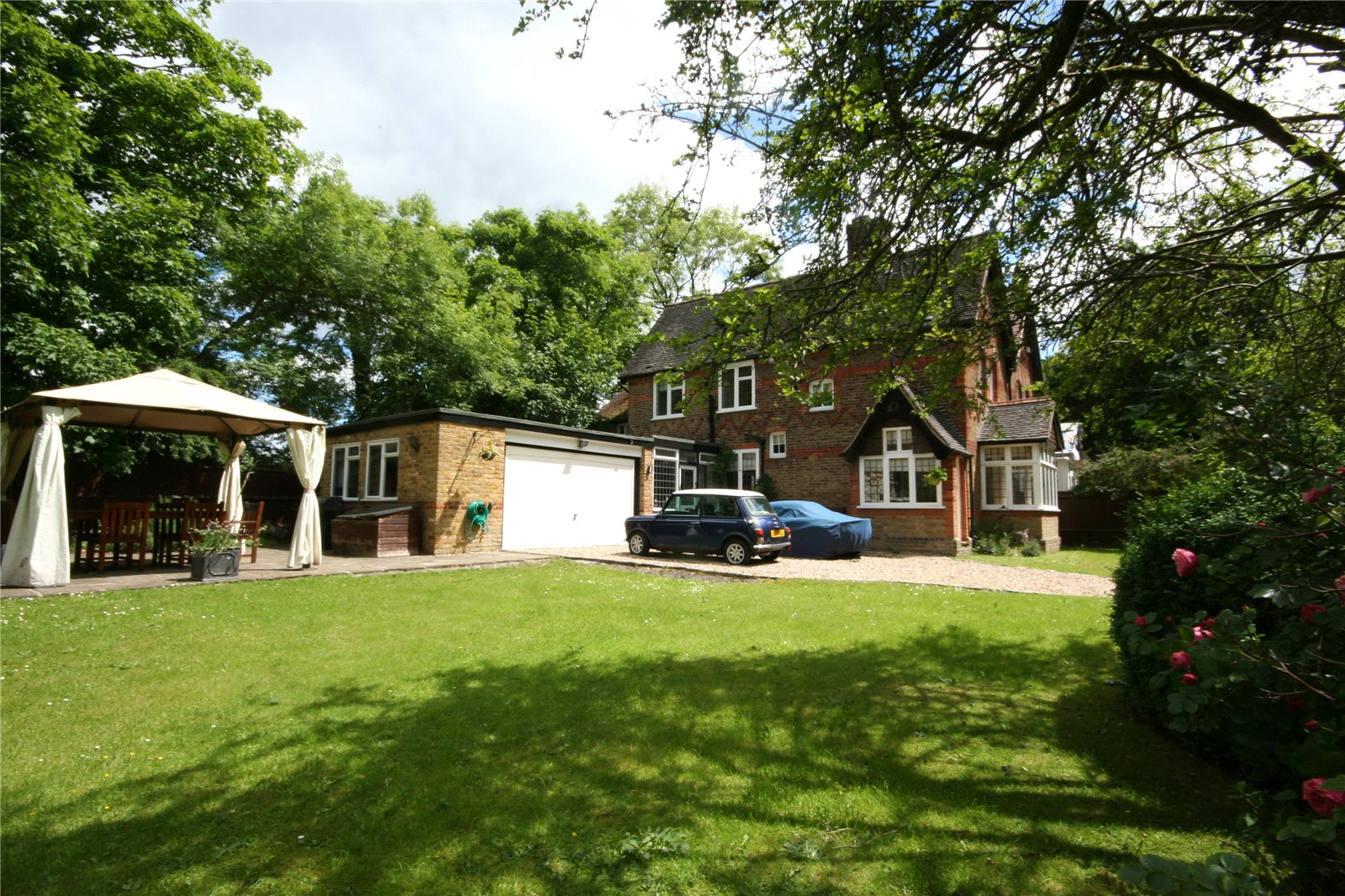 Частный дом для того Продажа на Heusden Way, Gerrards Cross, Buckinghamshire, SL9 Gerrards Cross, Англия