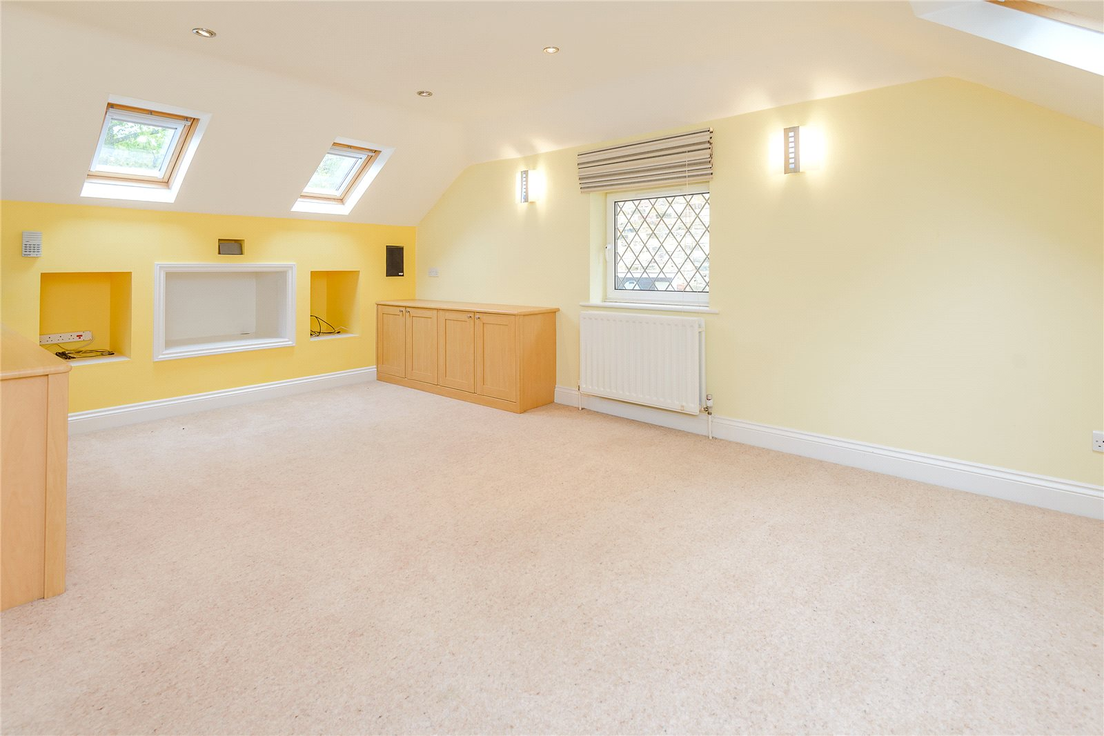 Additional photo for property listing at Duffield Lane, Stoke Poges, Buckinghamshire, SL2 Stoke Poges, Inglaterra