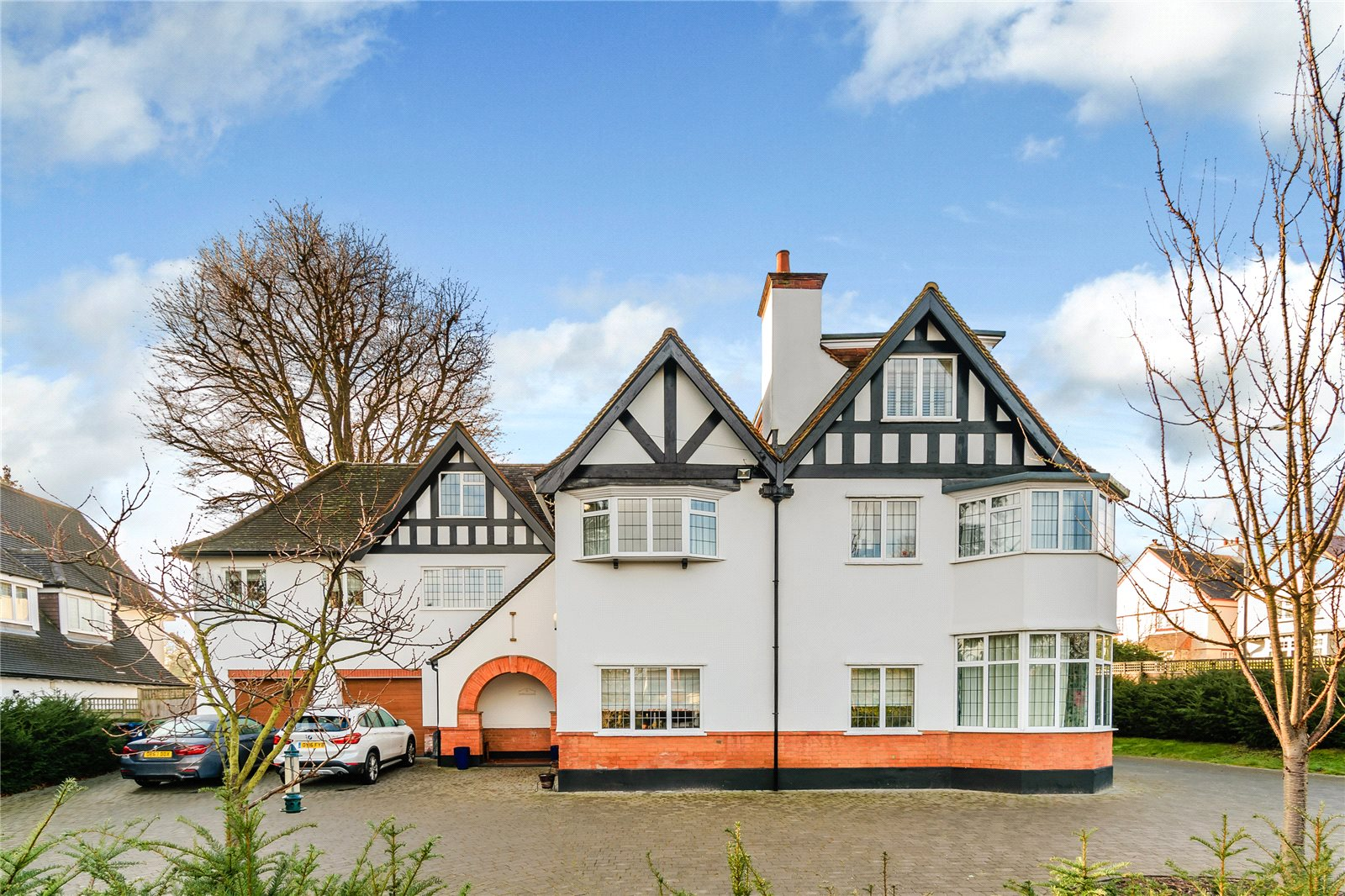 Casa Unifamiliar por un Venta en 2 North Park, Gerrards Cross, Buckinghamshire, SL9 Gerrards Cross, Inglaterra