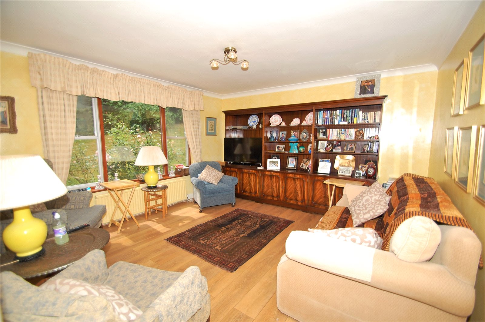 Additional photo for property listing at Mill Lane, Gerrards Cross, Buckinghamshire, SL9 Gerrards Cross, Engeland