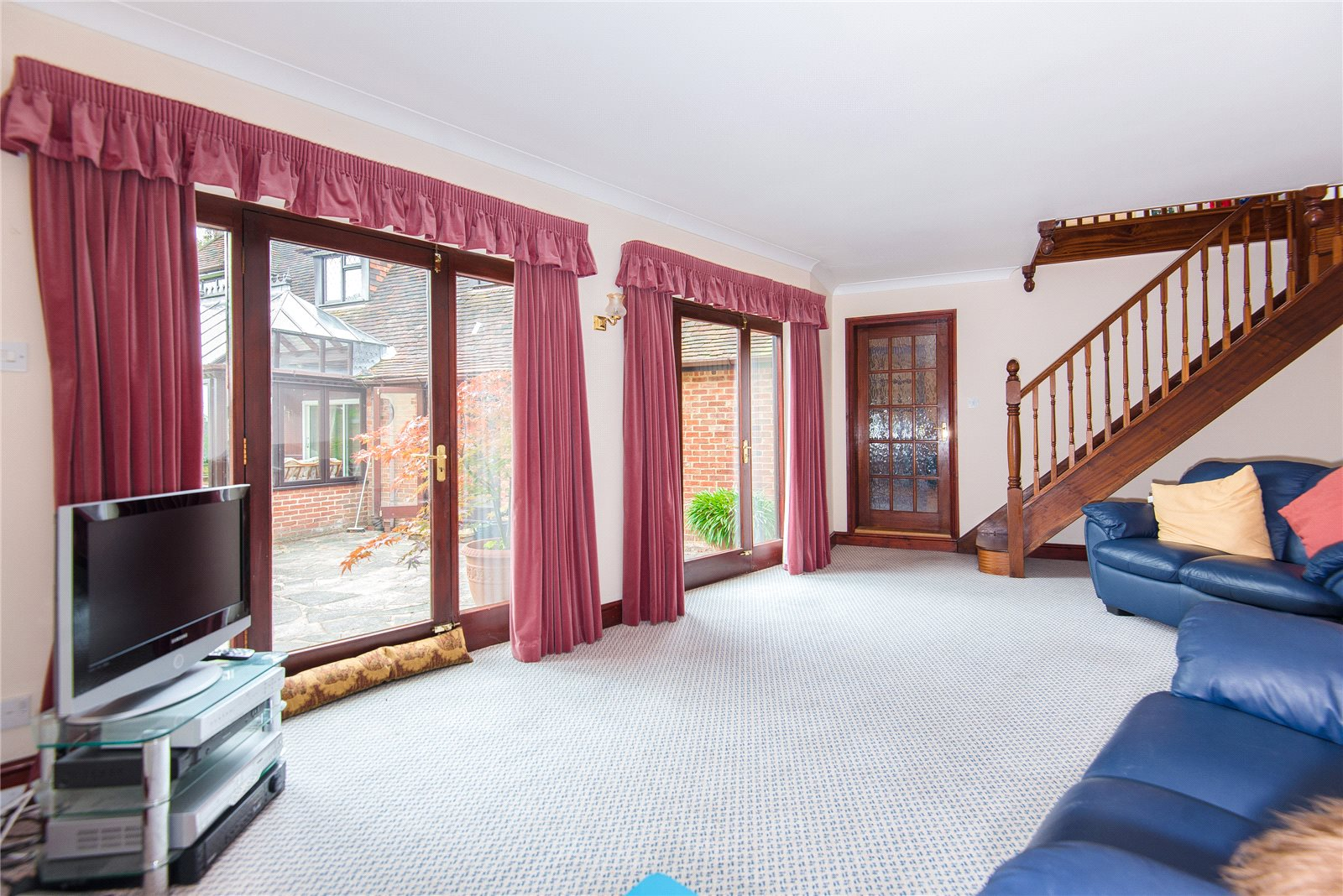 Additional photo for property listing at Ellis Avenue, Chalfont Heights, Buckinghamshire, SL9 Buckinghamshire, Αγγλια