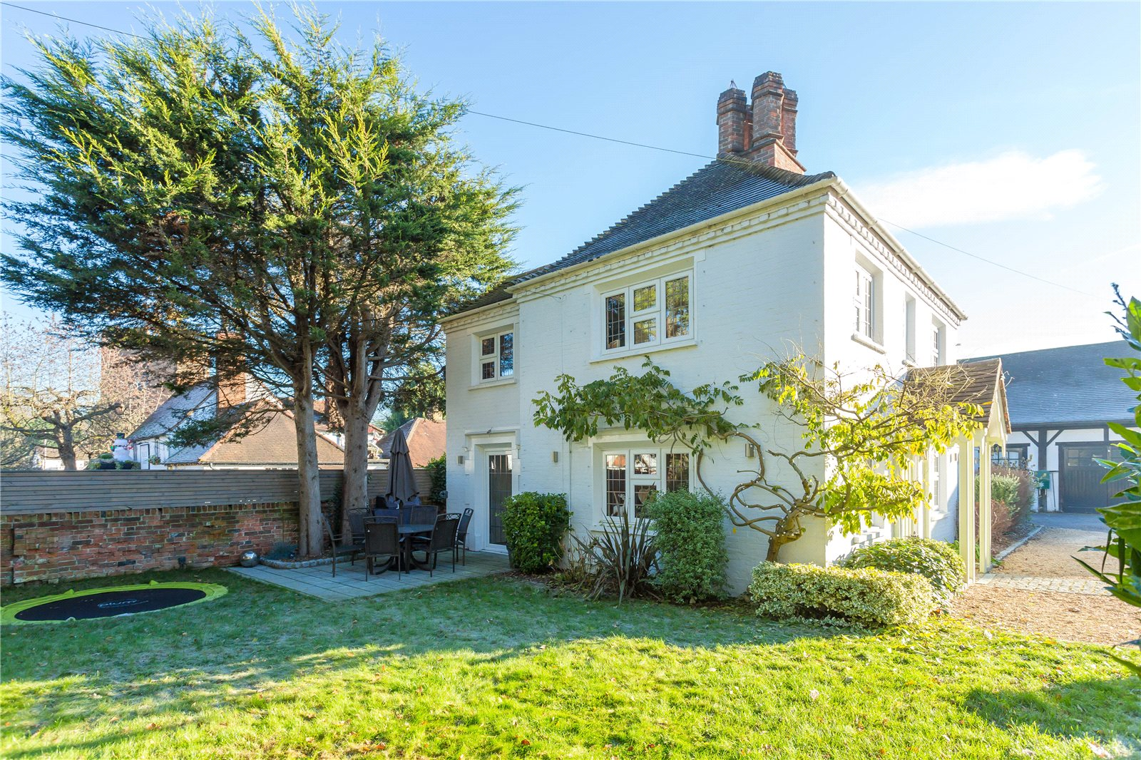 Additional photo for property listing at Windmill Road, Fulmer, Buckinghamshire, SL3 Fulmer, Inglaterra