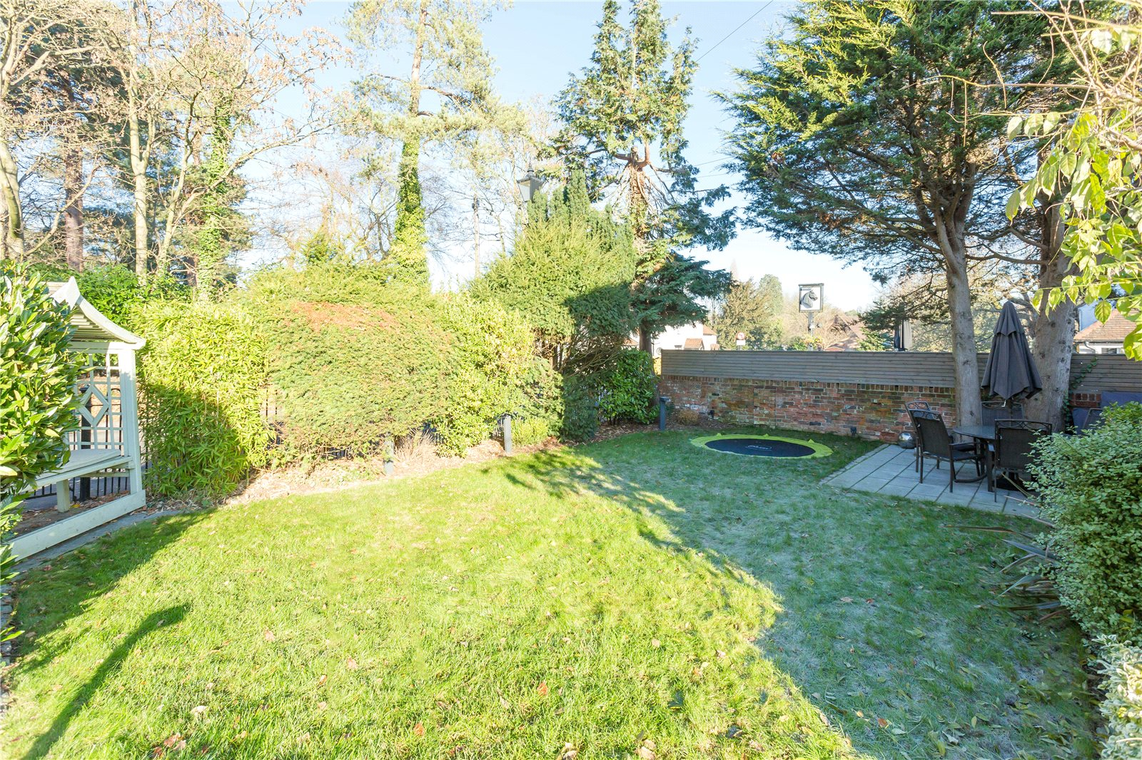 Additional photo for property listing at Windmill Road, Fulmer, Buckinghamshire, SL3 Fulmer, Angleterre
