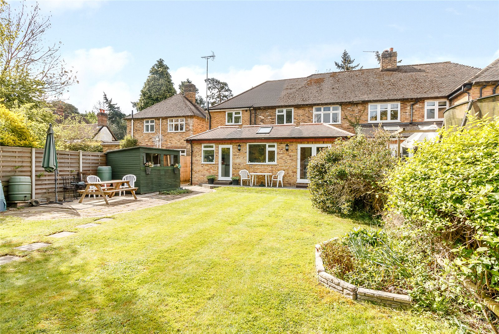 Additional photo for property listing at Hay Lane, Fulmer, Buckinghamshire, SL3 Fulmer, Engeland