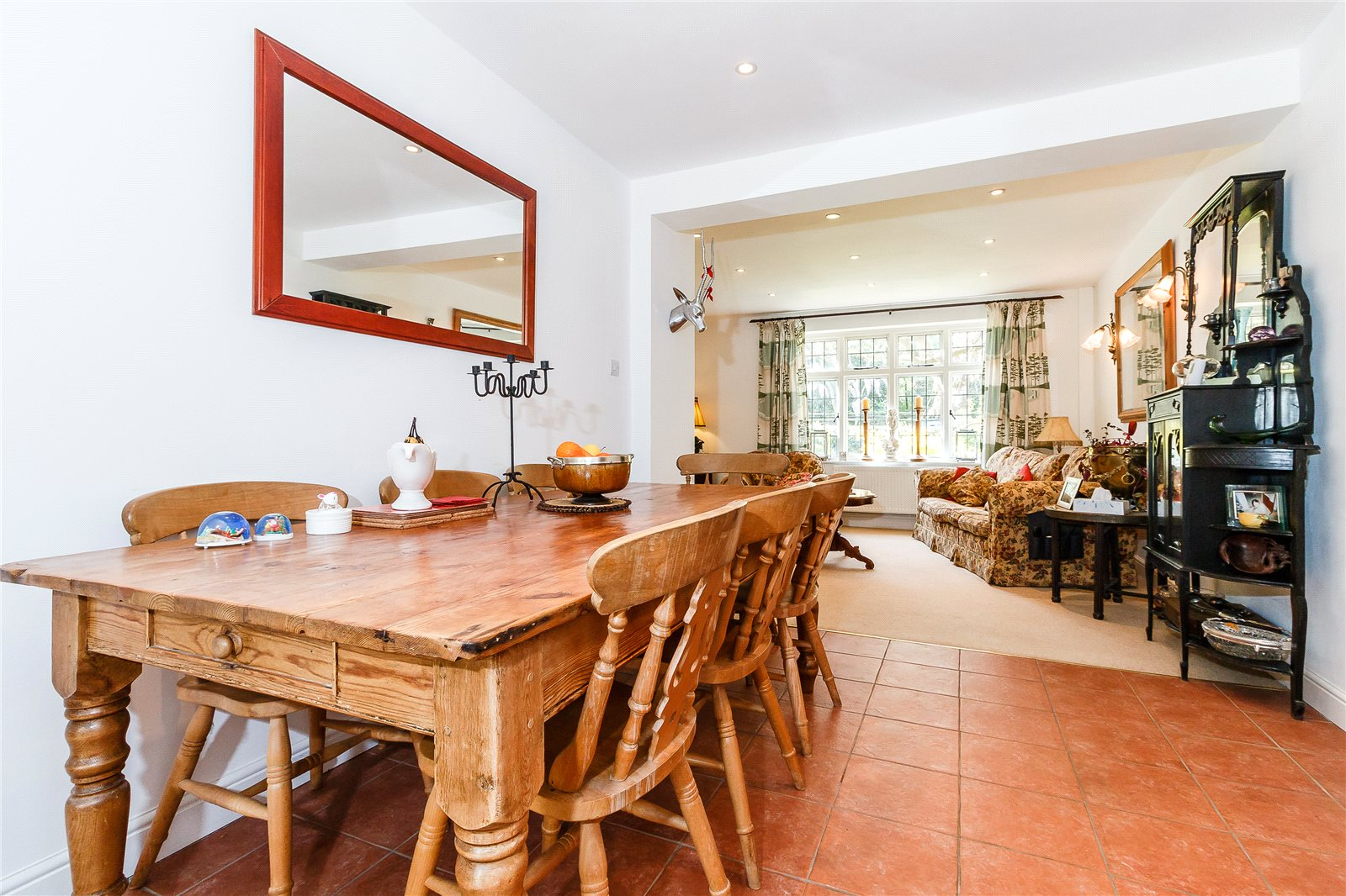 Additional photo for property listing at Hay Lane, Fulmer, Buckinghamshire, SL3 Fulmer, イギリス