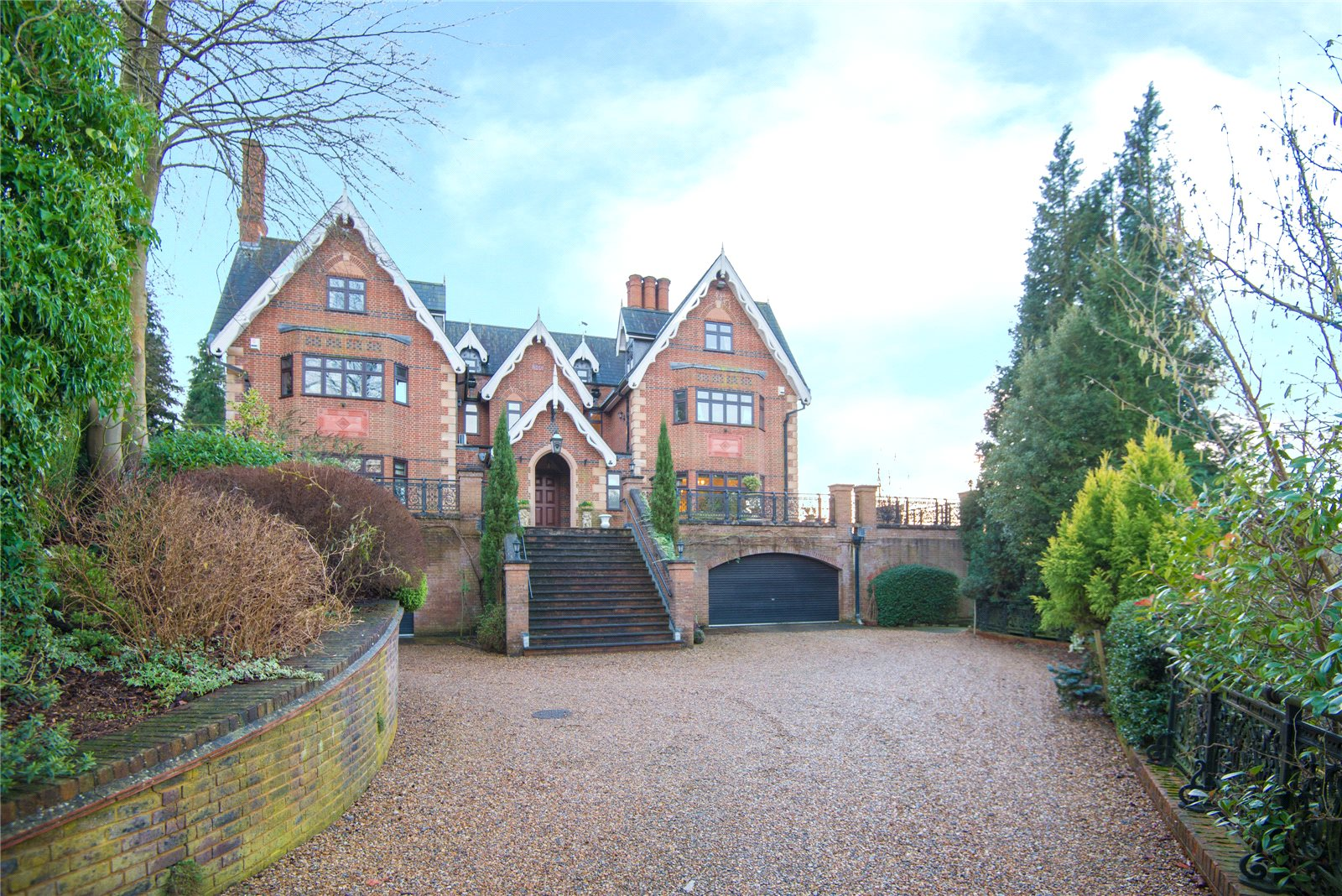 Additional photo for property listing at Main Drive, Gerrards Cross, Buckinghamshire, SL9 GERRARDS CROSS, 영국