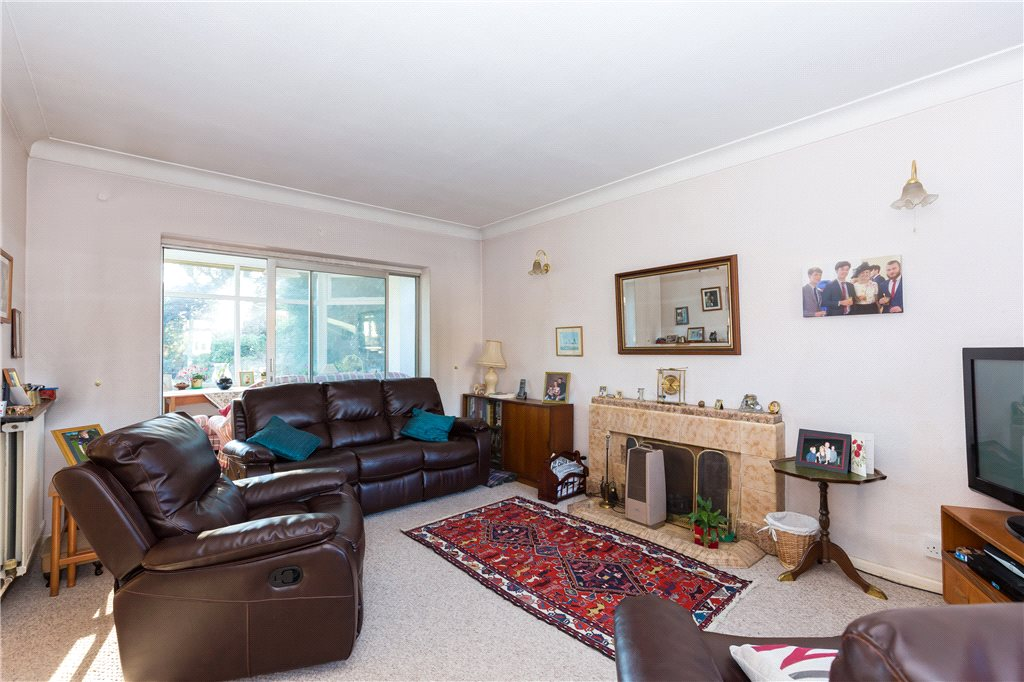 Additional photo for property listing at Clevehurst Close, Stoke Poges, Buckinghamshire, SL2 Stoke Poges, Engeland