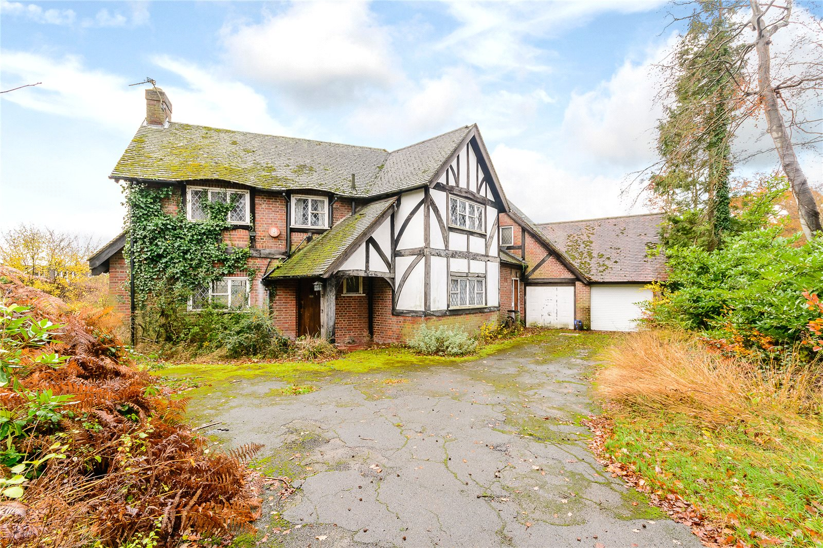 Casa Unifamiliar por un Venta en Collinswood Road, Farnham Common, Buckinghamshire, SL2 Farnham Common, Inglaterra