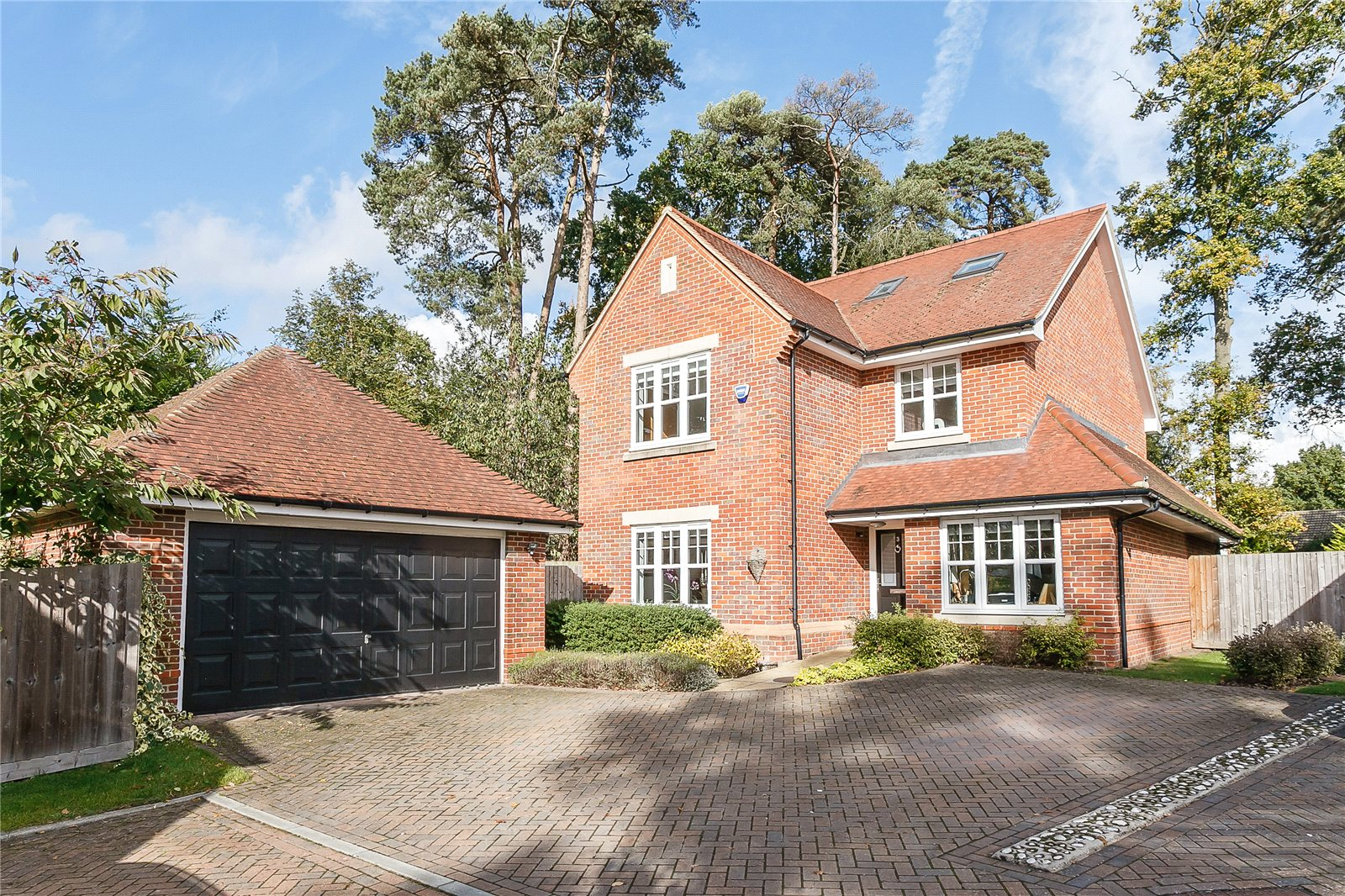 独户住宅 为 销售 在 Ortman Close, Gerrards Cross, Buckinghamshire, SL9 Gerrards Cross, 英格兰