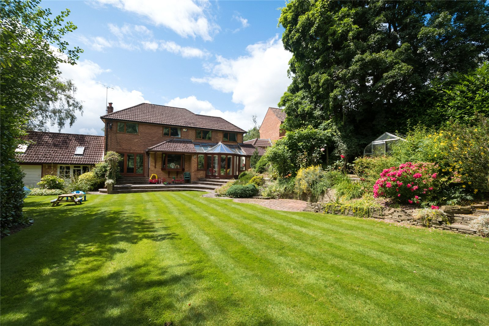 Villa per Vendita alle ore The Uplands, Gerrards Cross, Buckinghamshire, SL9 Gerrards Cross, Inghilterra