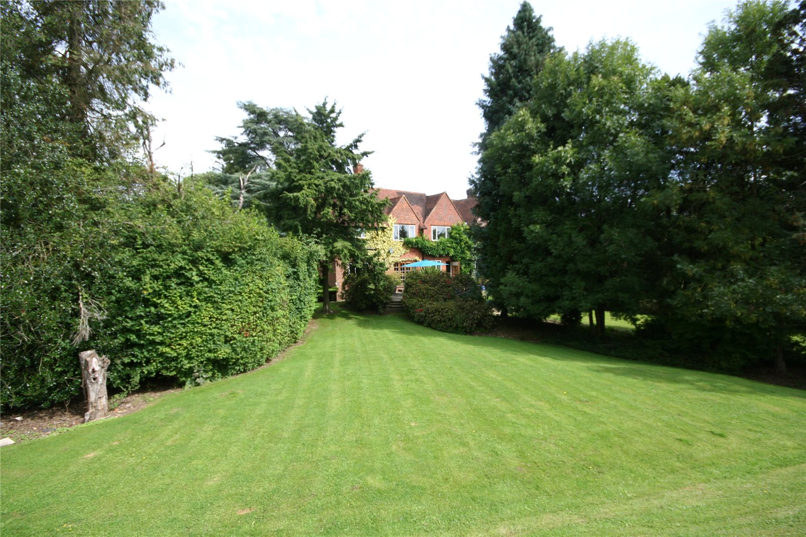 Additional photo for property listing at Fulmer Lane, Fulmer, Buckinghamshire, SL3 Fulmer, Ingiltere
