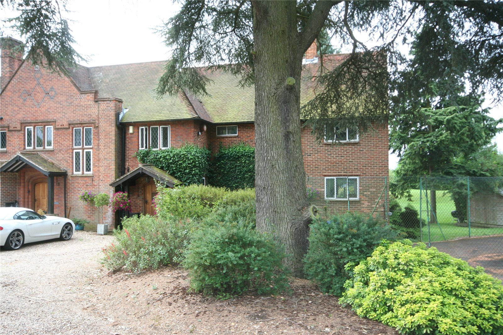 Additional photo for property listing at Fulmer Lane, Fulmer, Buckinghamshire, SL3 Fulmer, Inglaterra